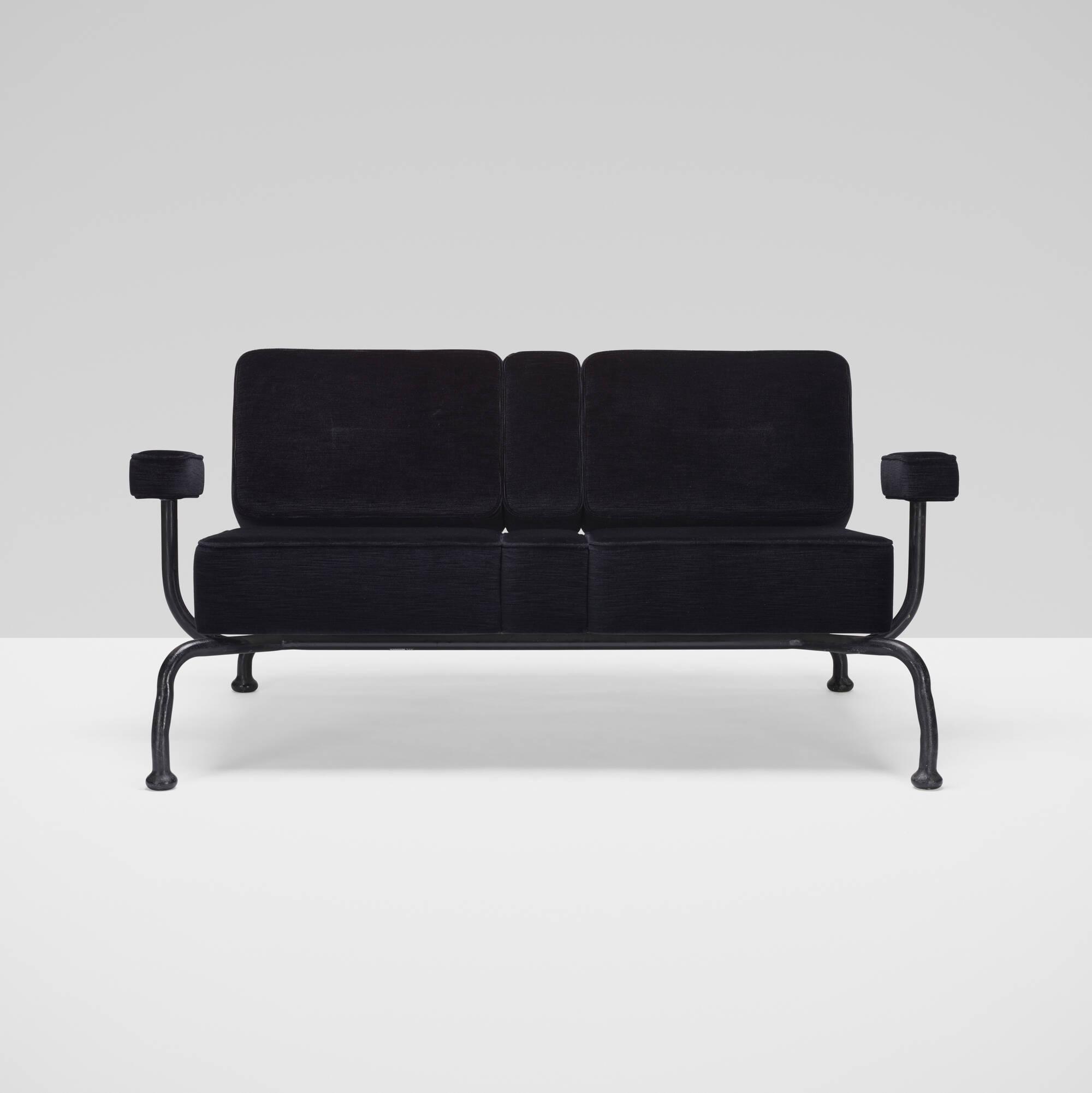 265: Atelier Van Lieshout / Bad Club Sofa (2 of 5)