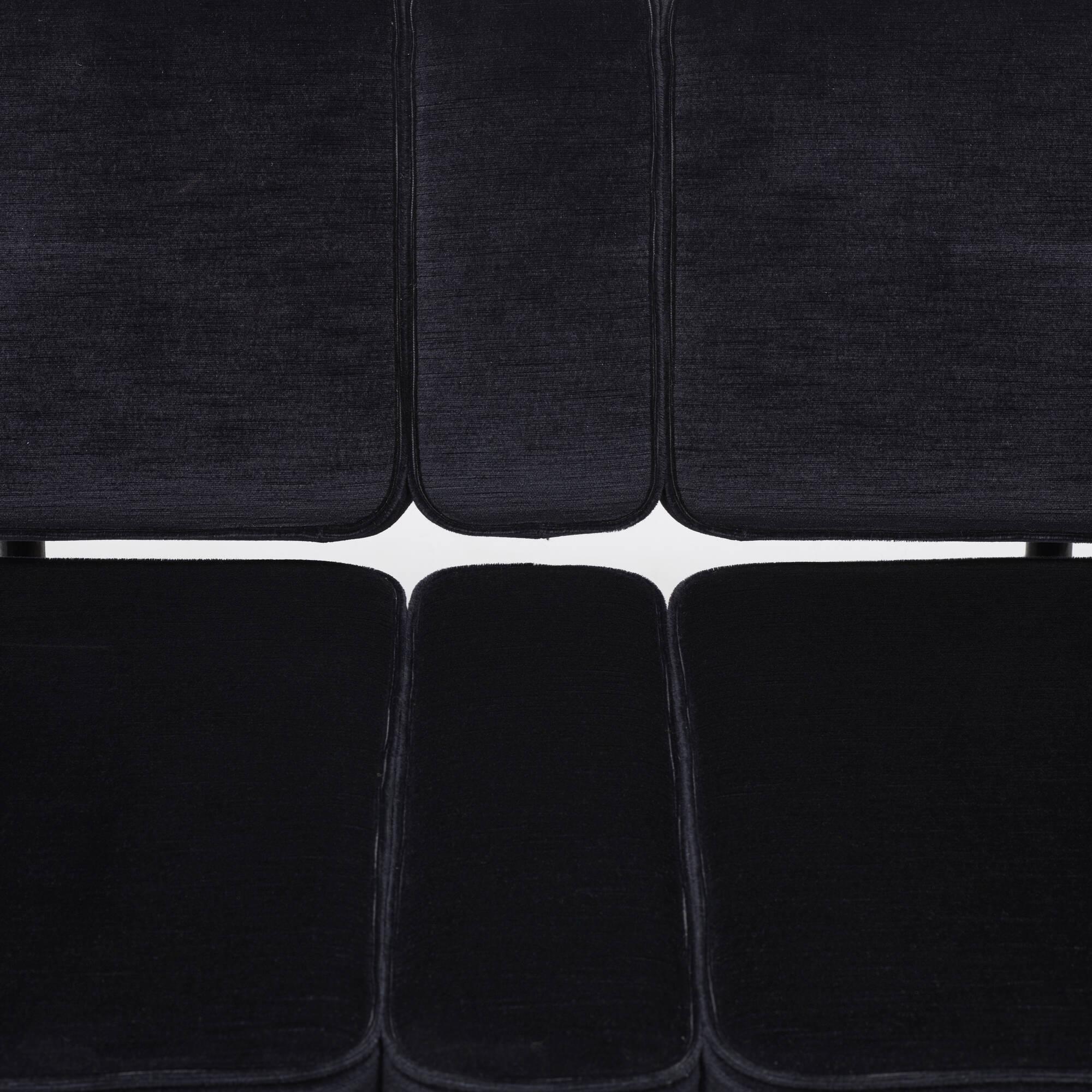 265: Atelier Van Lieshout / Bad Club Sofa (5 of 5)