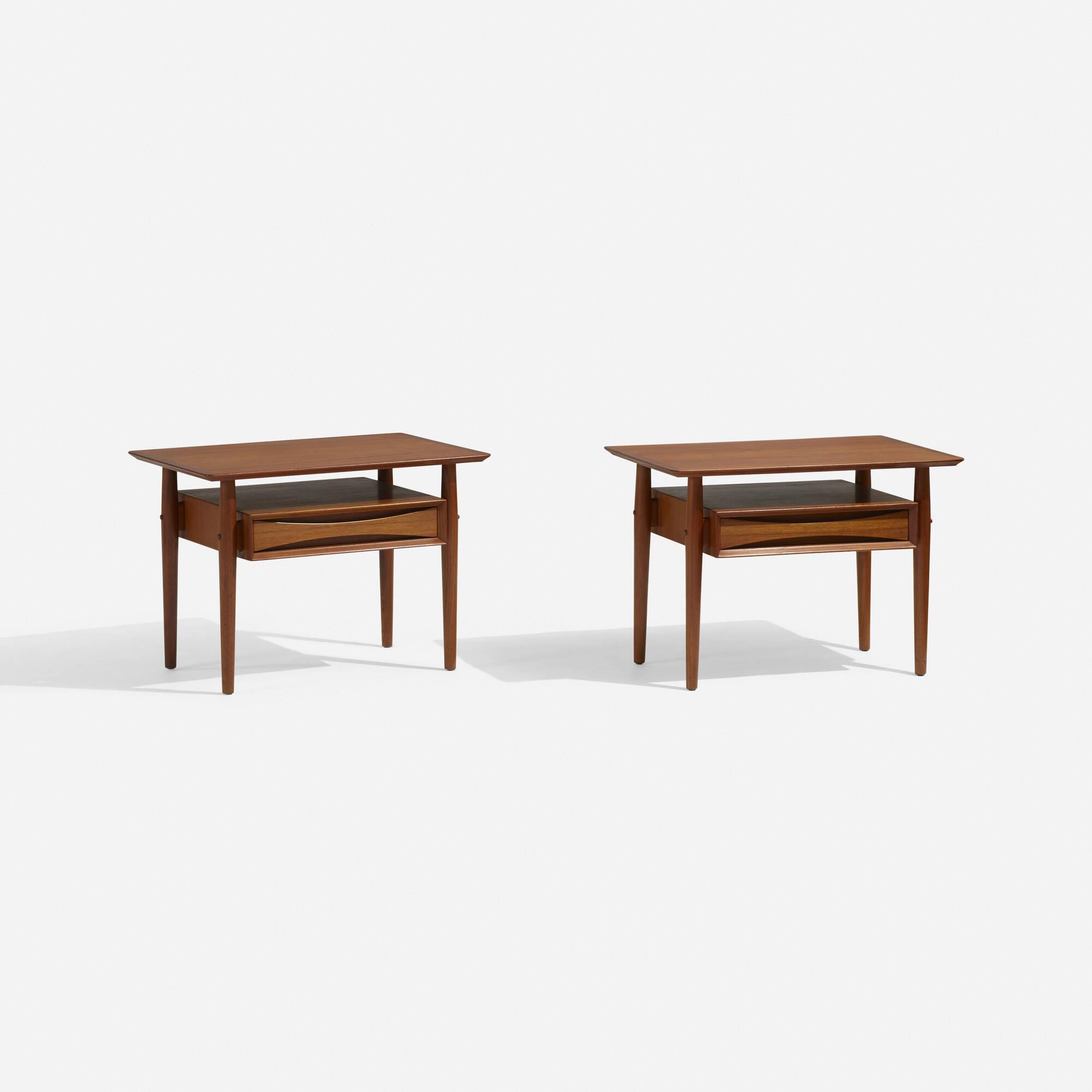 270: Arne Vodder / nightstands, pair (1 of 3)