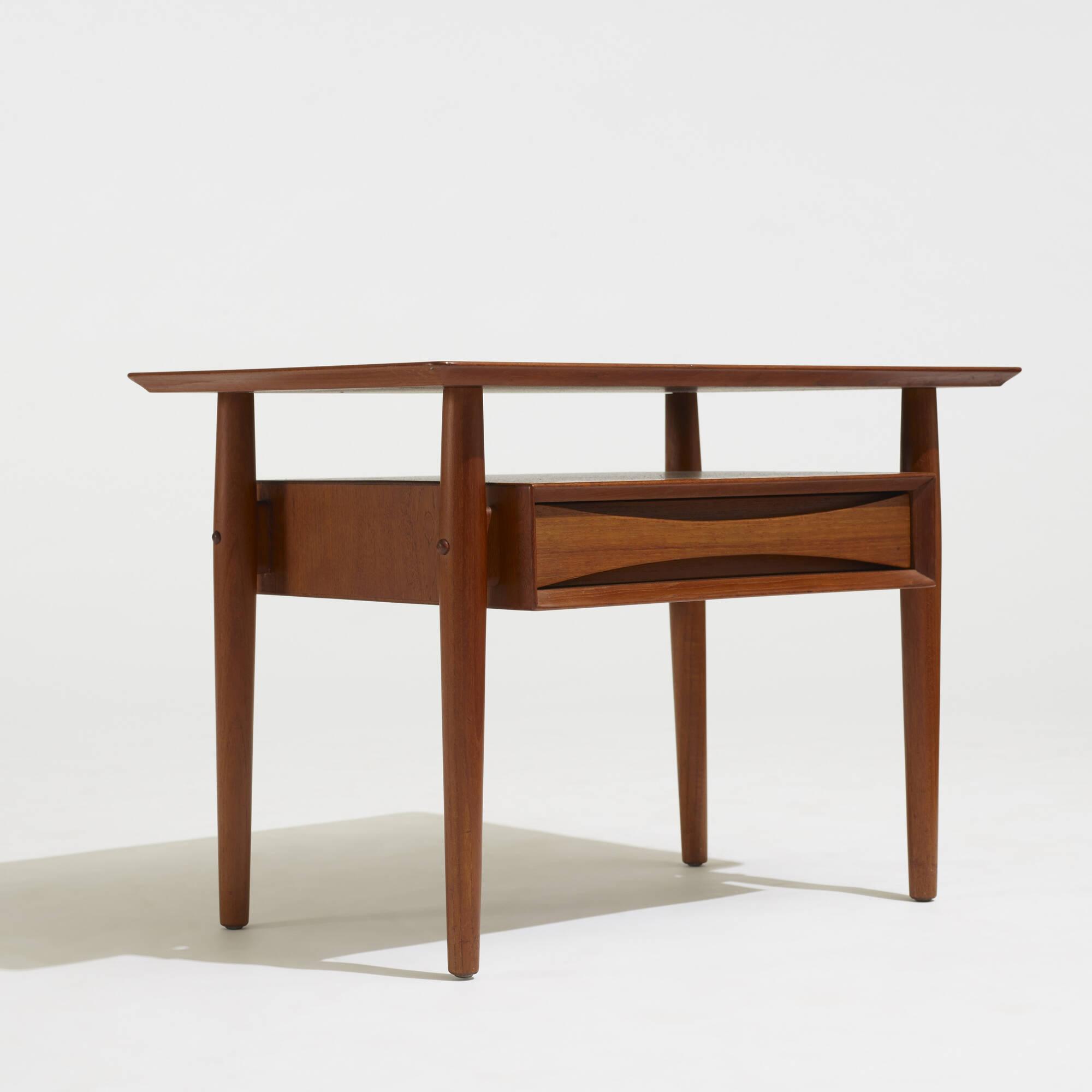 270: Arne Vodder / nightstands, pair (3 of 3)