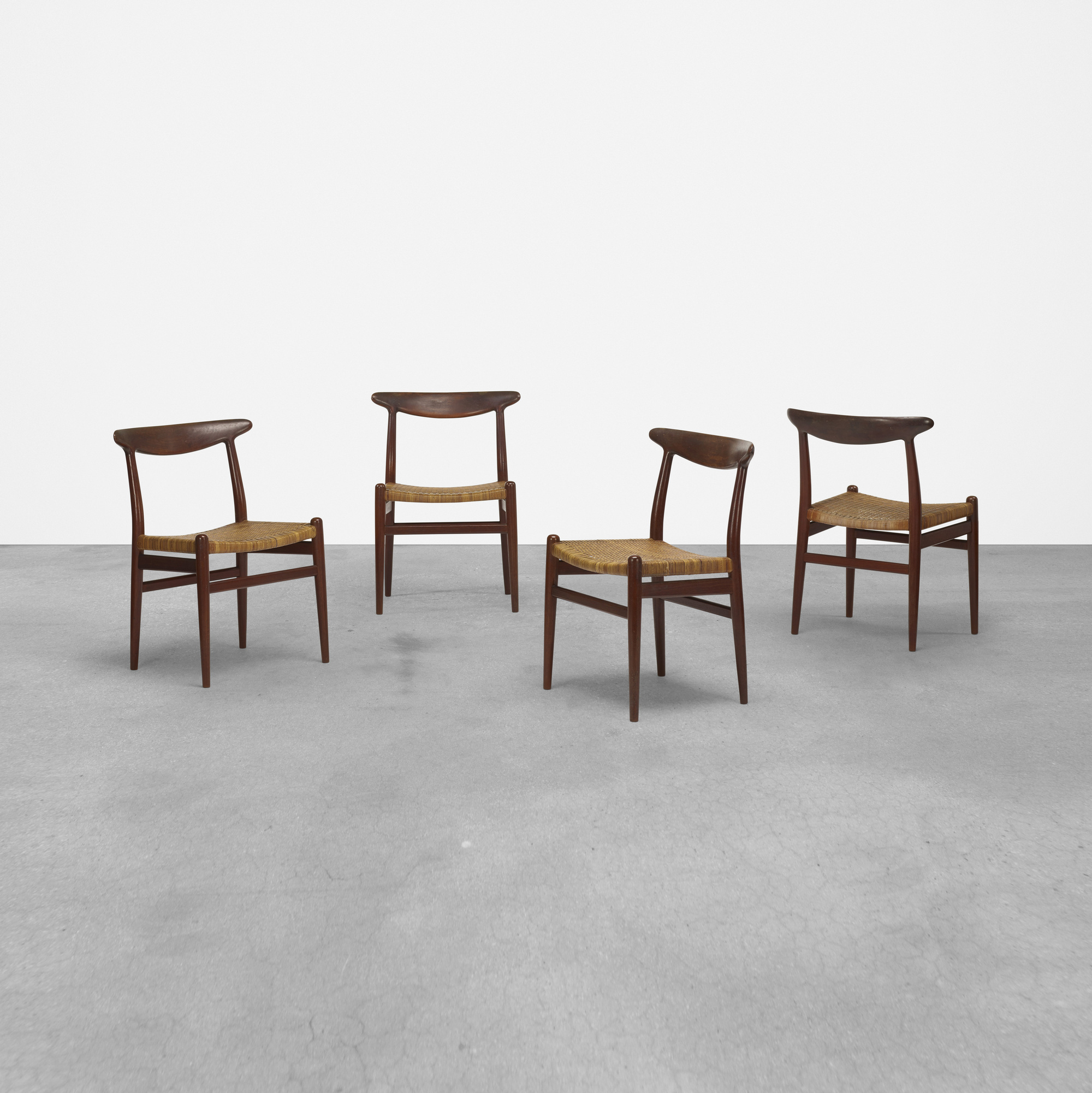 272: Hans J. Wegner / dining chairs, set of eight (3 of 5)