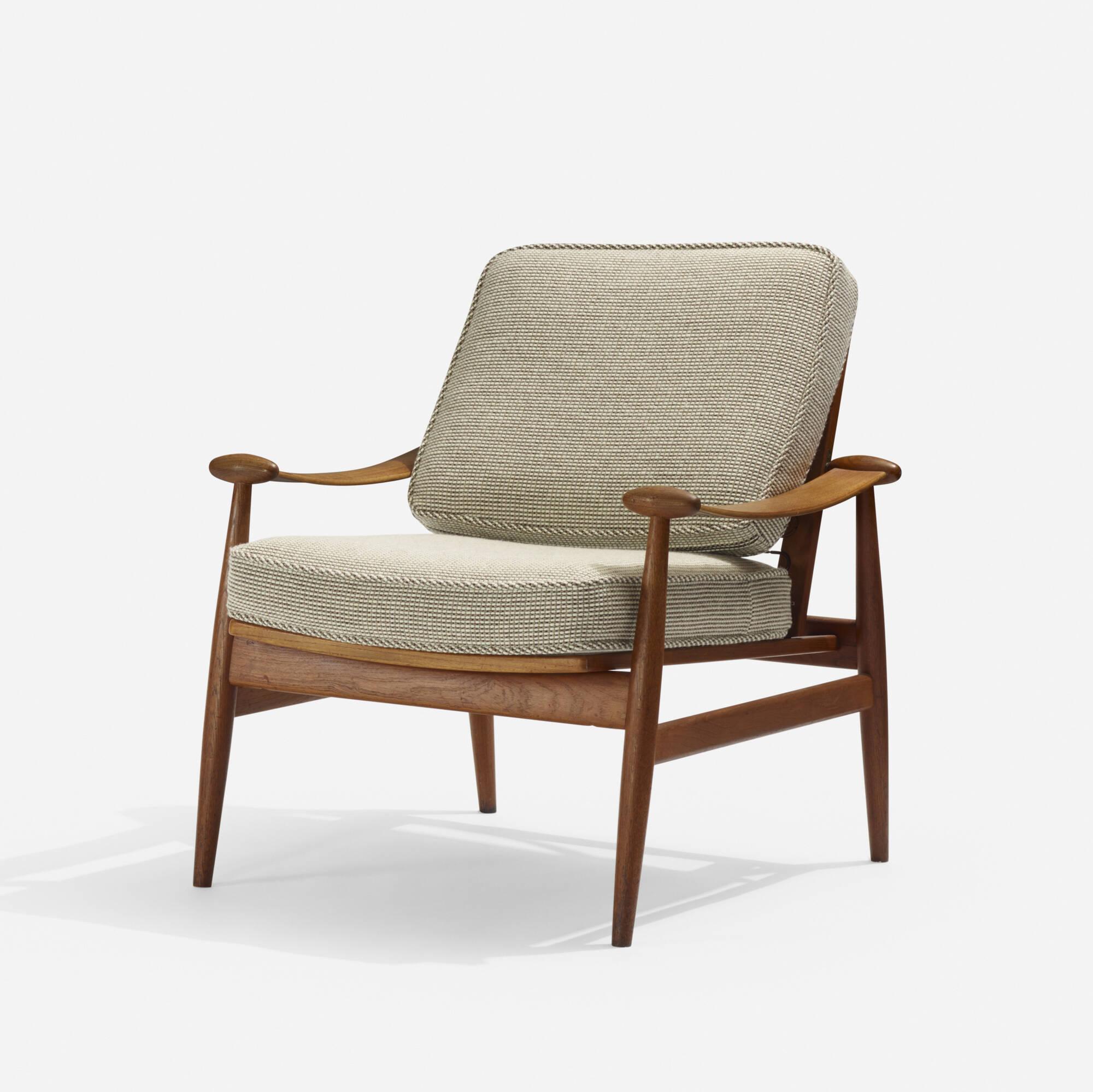 273: Finn Juhl / lounge chair (1 of 3)