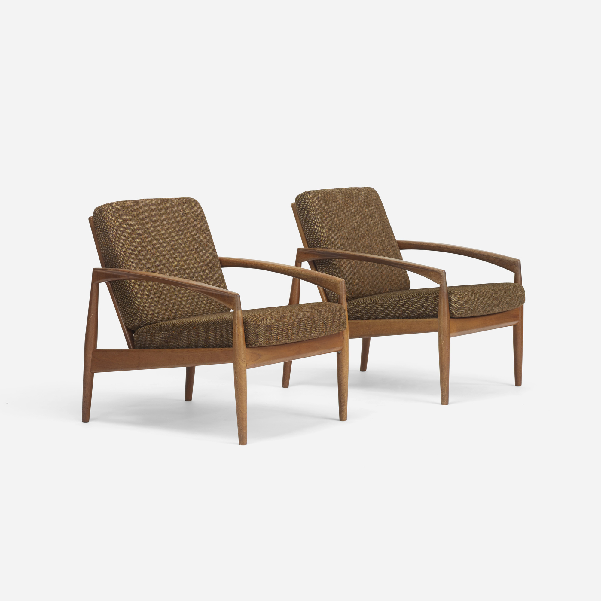 274: Kai Kristiansen / pair of lounge chairs, model 121 (1 of 4)