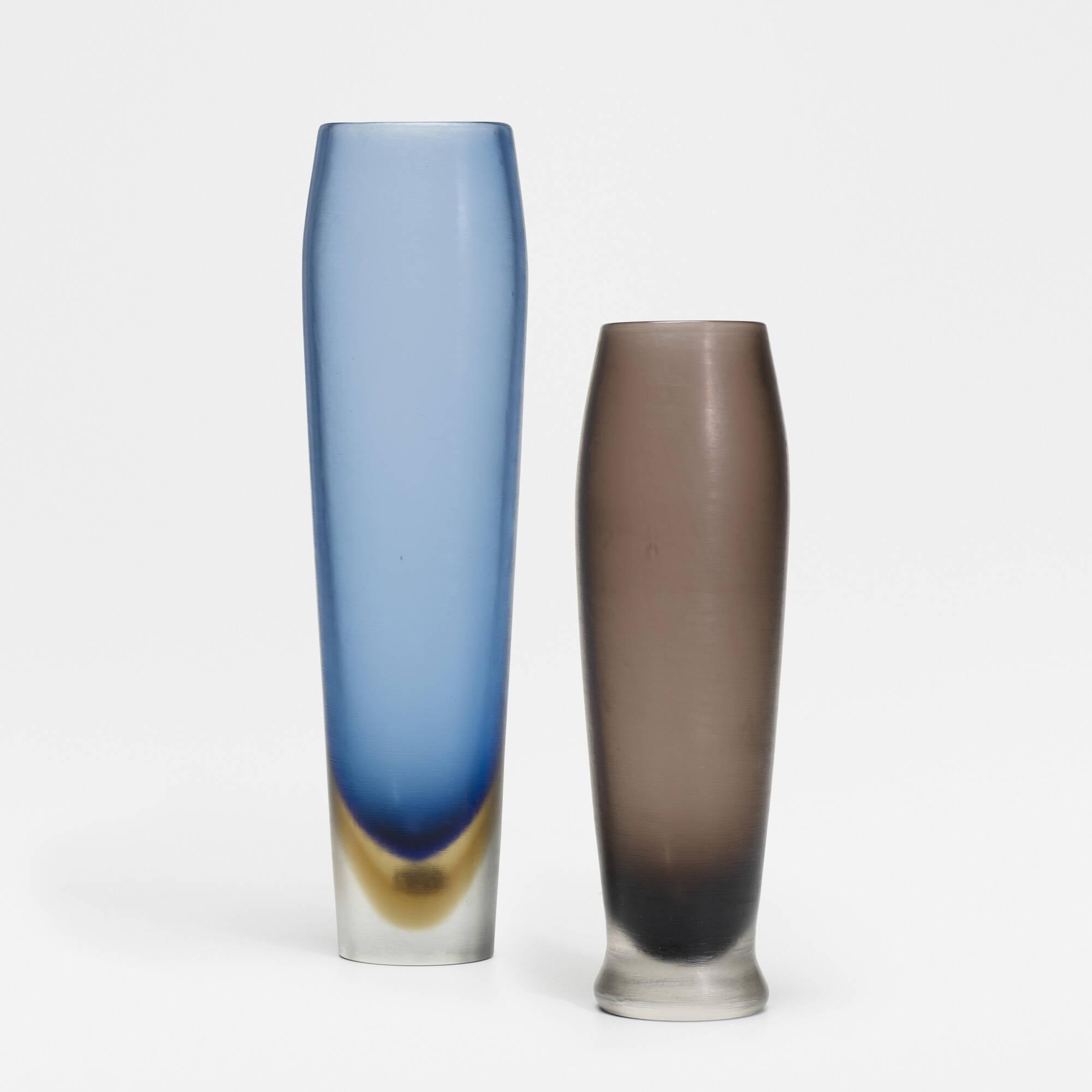 275: Paolo Venini / Inciso vases, pair (1 of 1)