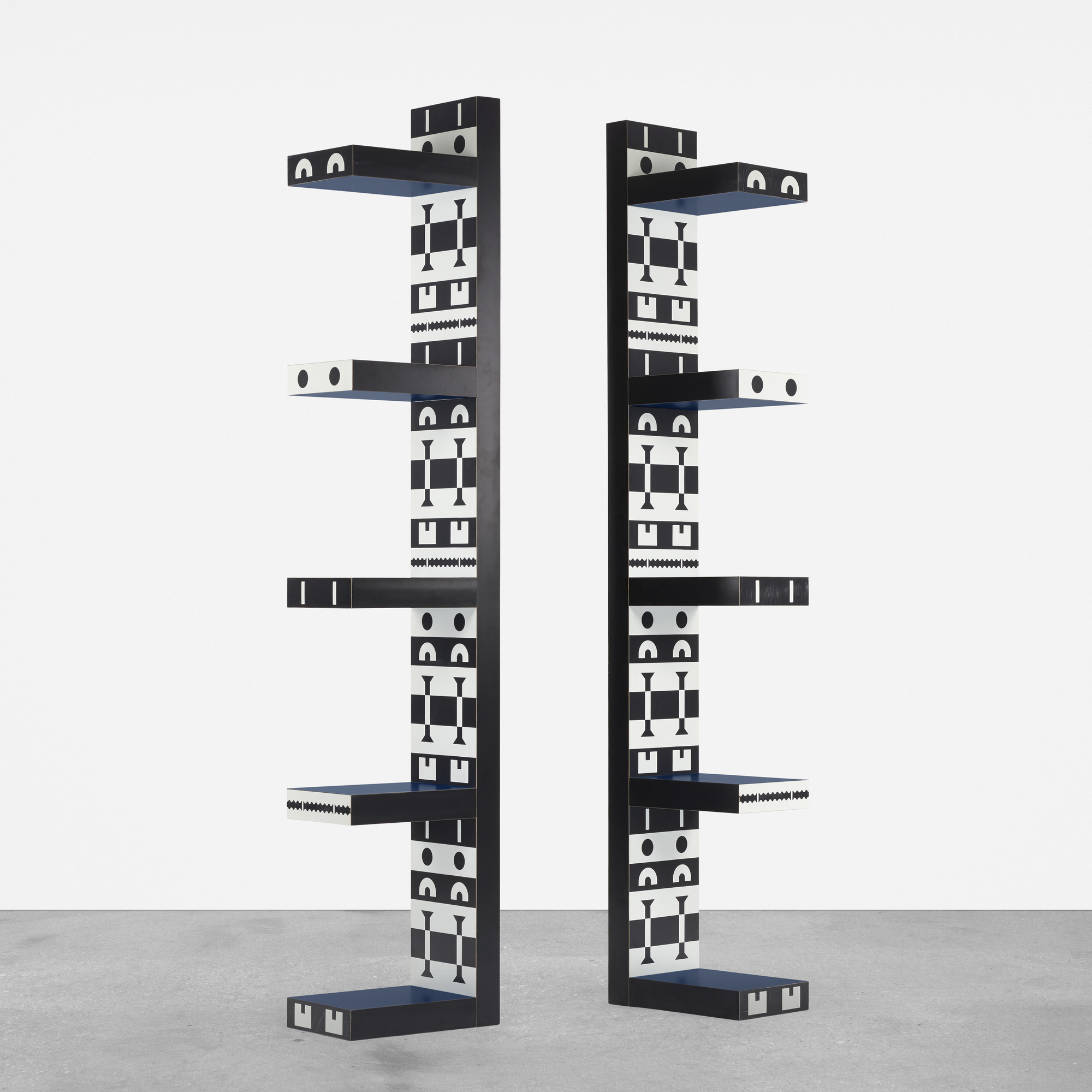 277: Studio Alchimia / pair of bookshelves from the Ollo collection (1 of 3)