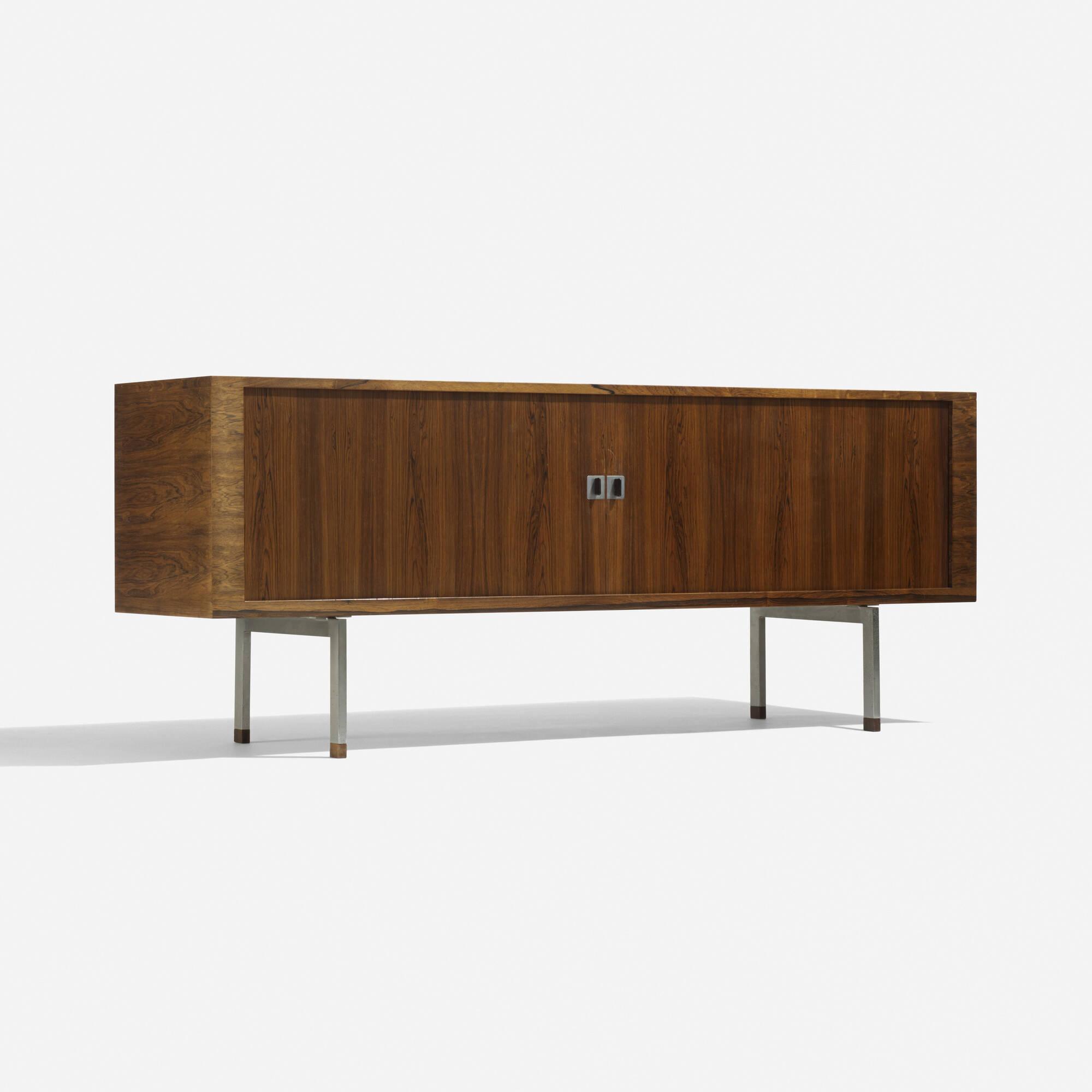 277: Hans J. Wegner / cabinet, model RY25 (1 of 4)