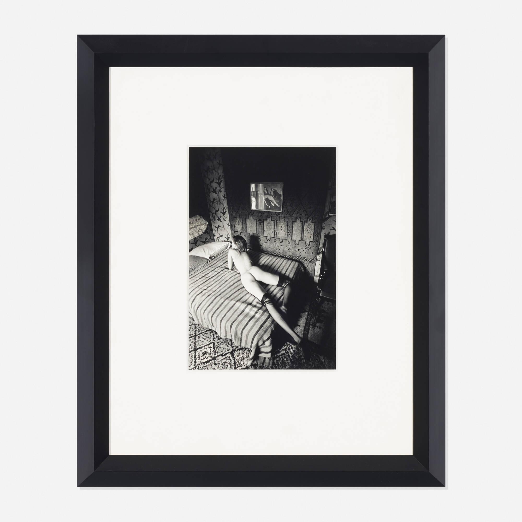 279: Jeanloup Sieff / Femme nue sur un lit rayé (1 of 1)