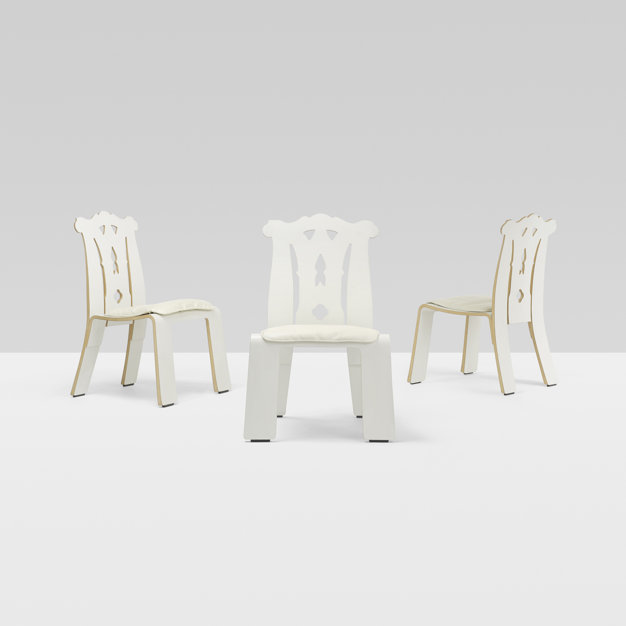 281: Robert Venturi / Chippendale chairs, set of six (2 of 4)