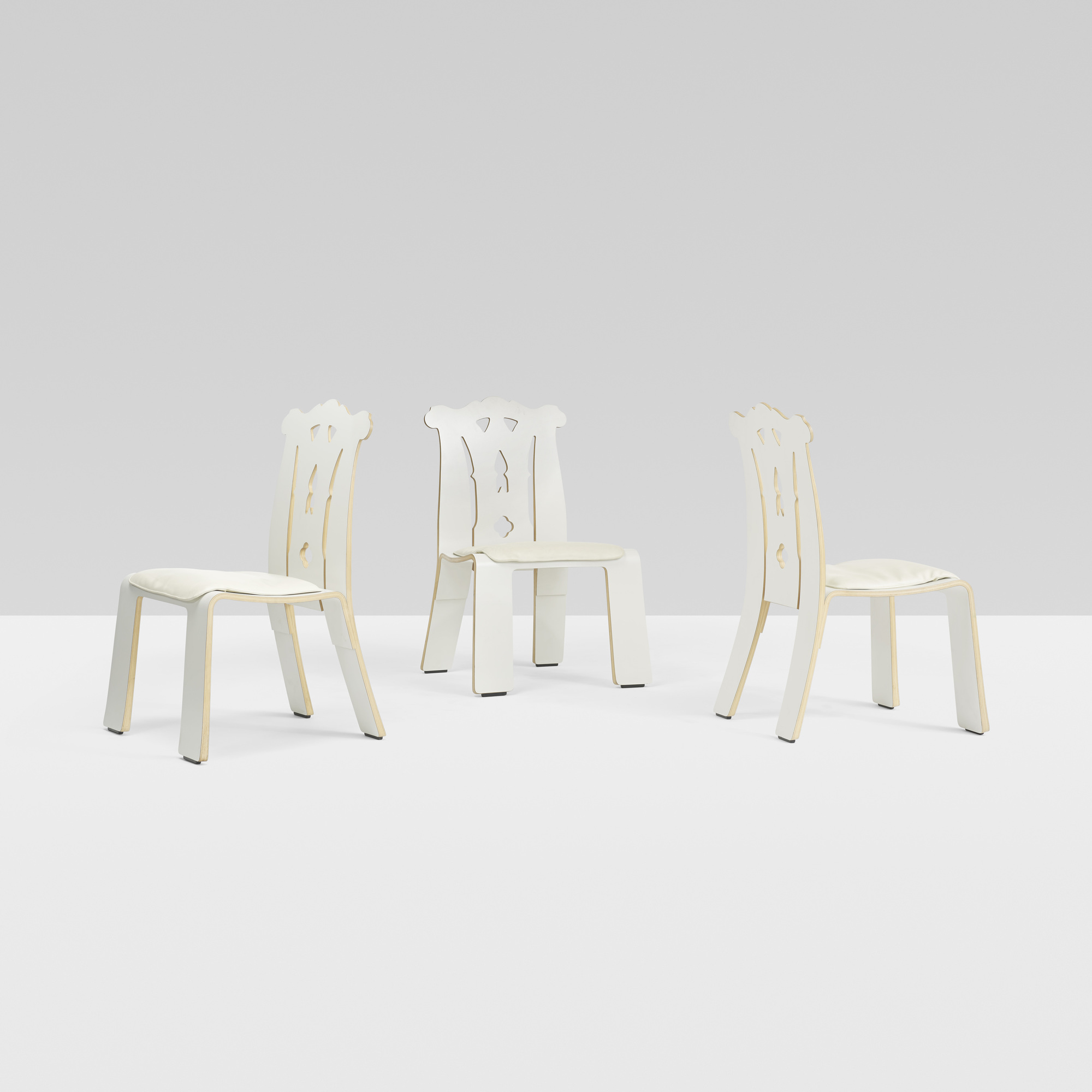 281: Robert Venturi / Chippendale chairs, set of six (3 of 4)