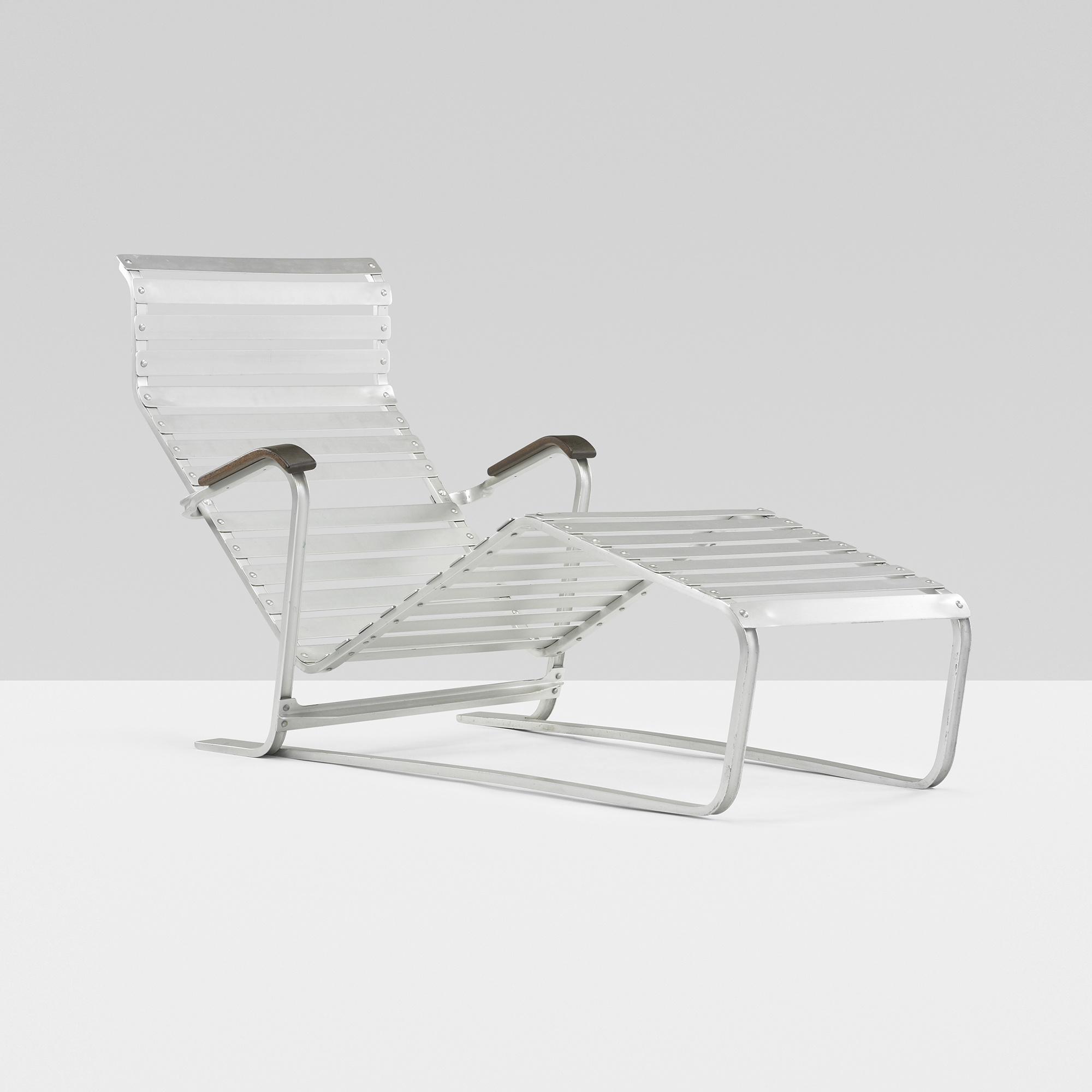 282 marcel breuer chaise lounge model 313 for Chaise modele