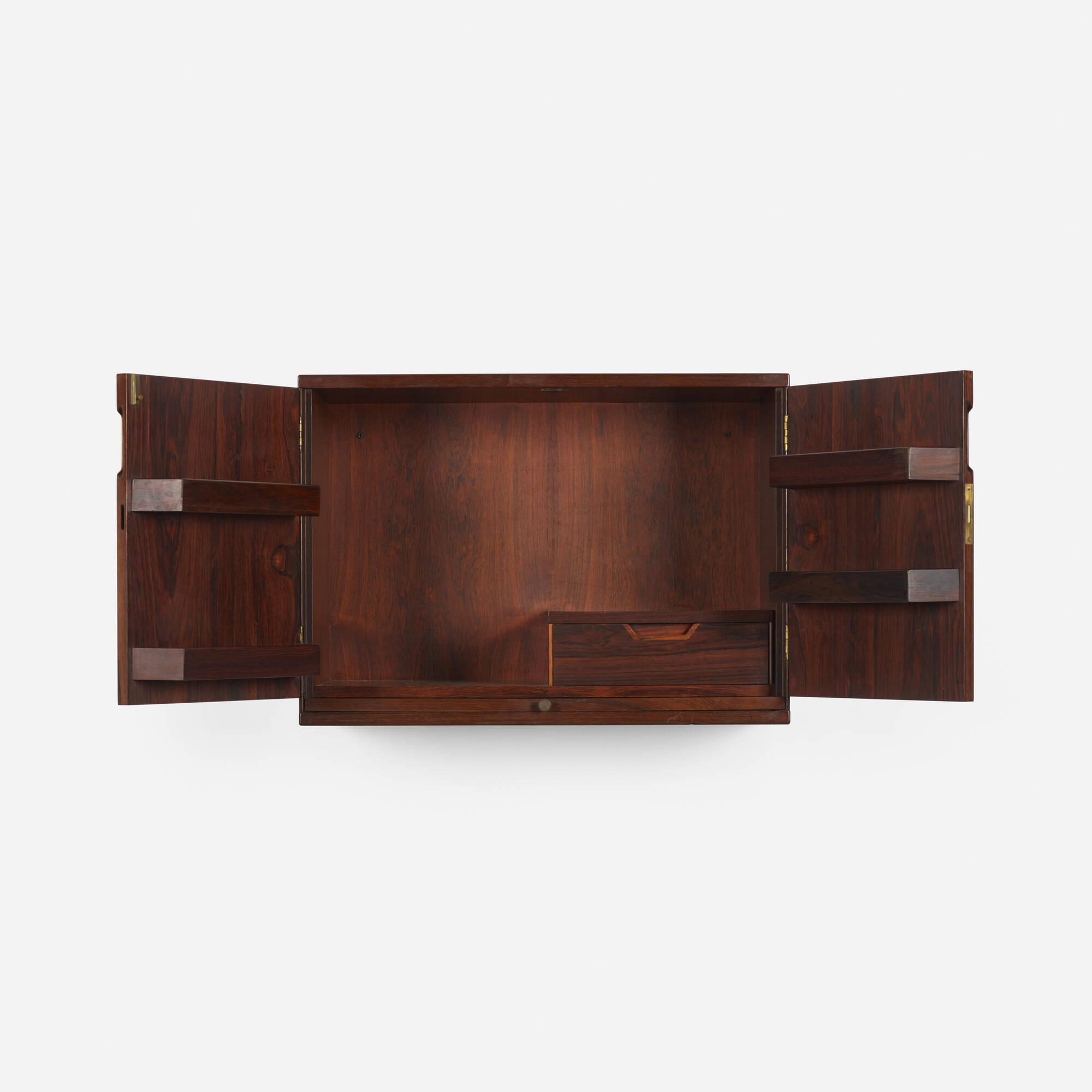 282: Svend Langkilde / hanging bar cabinet (3 of 3)