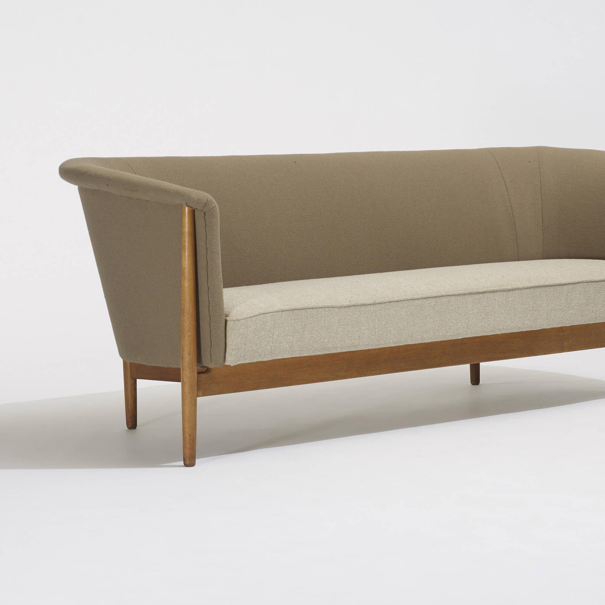 283 Nanna Ditzel Sofa