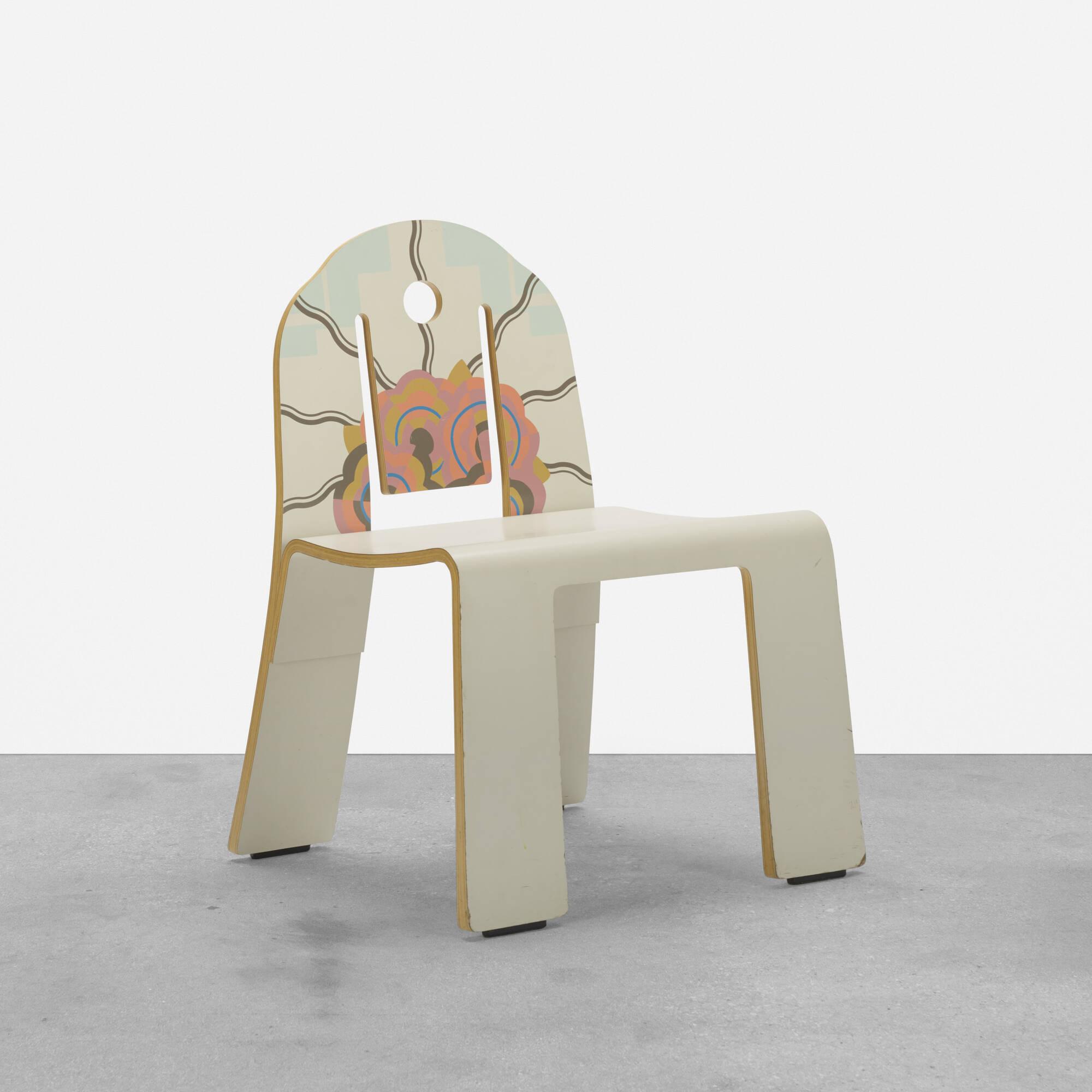 284: Robert Venturi / Art Deco chair (1 of 3)