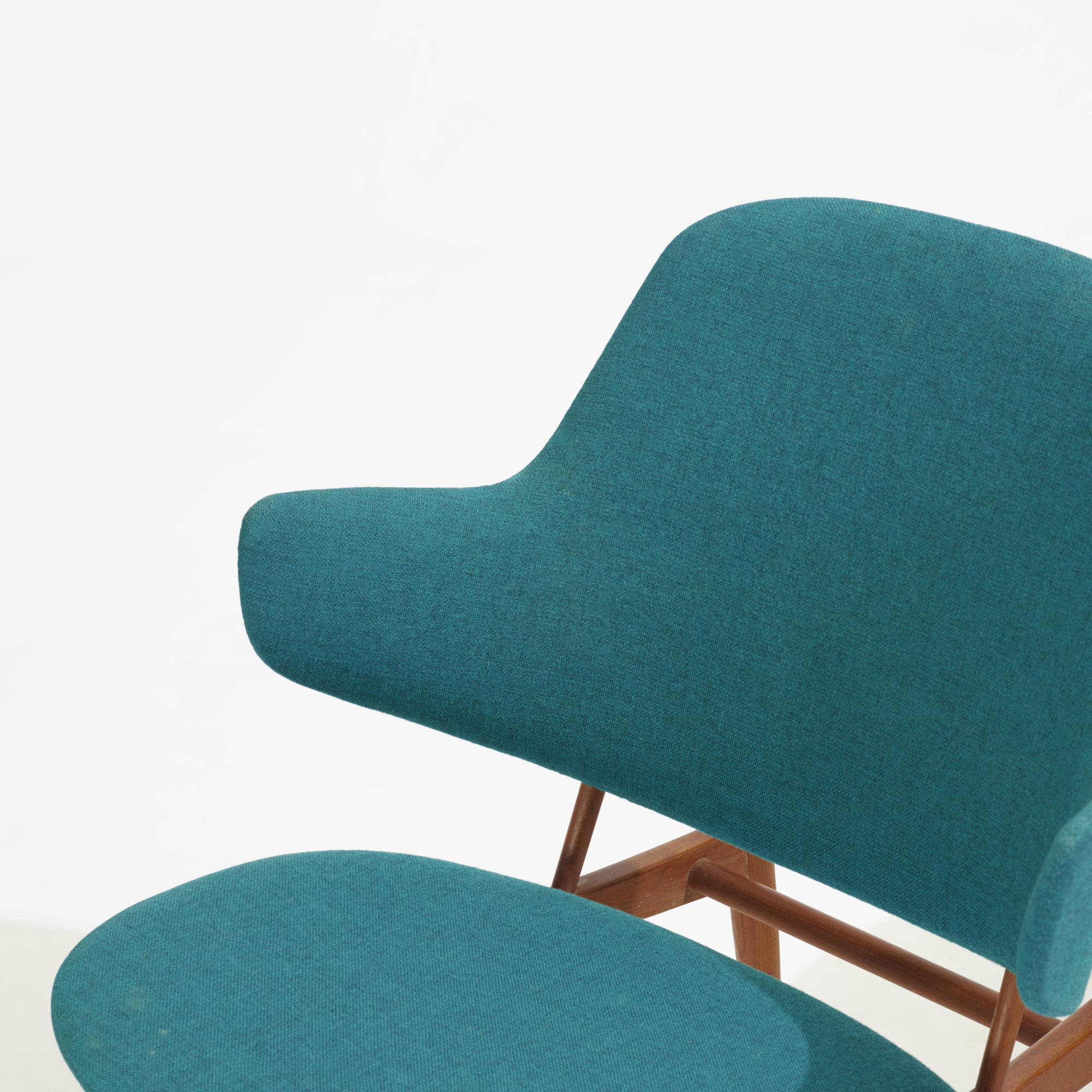 286: Ib Kofod-Larsen / lounge chairs, pair (3 of 3)