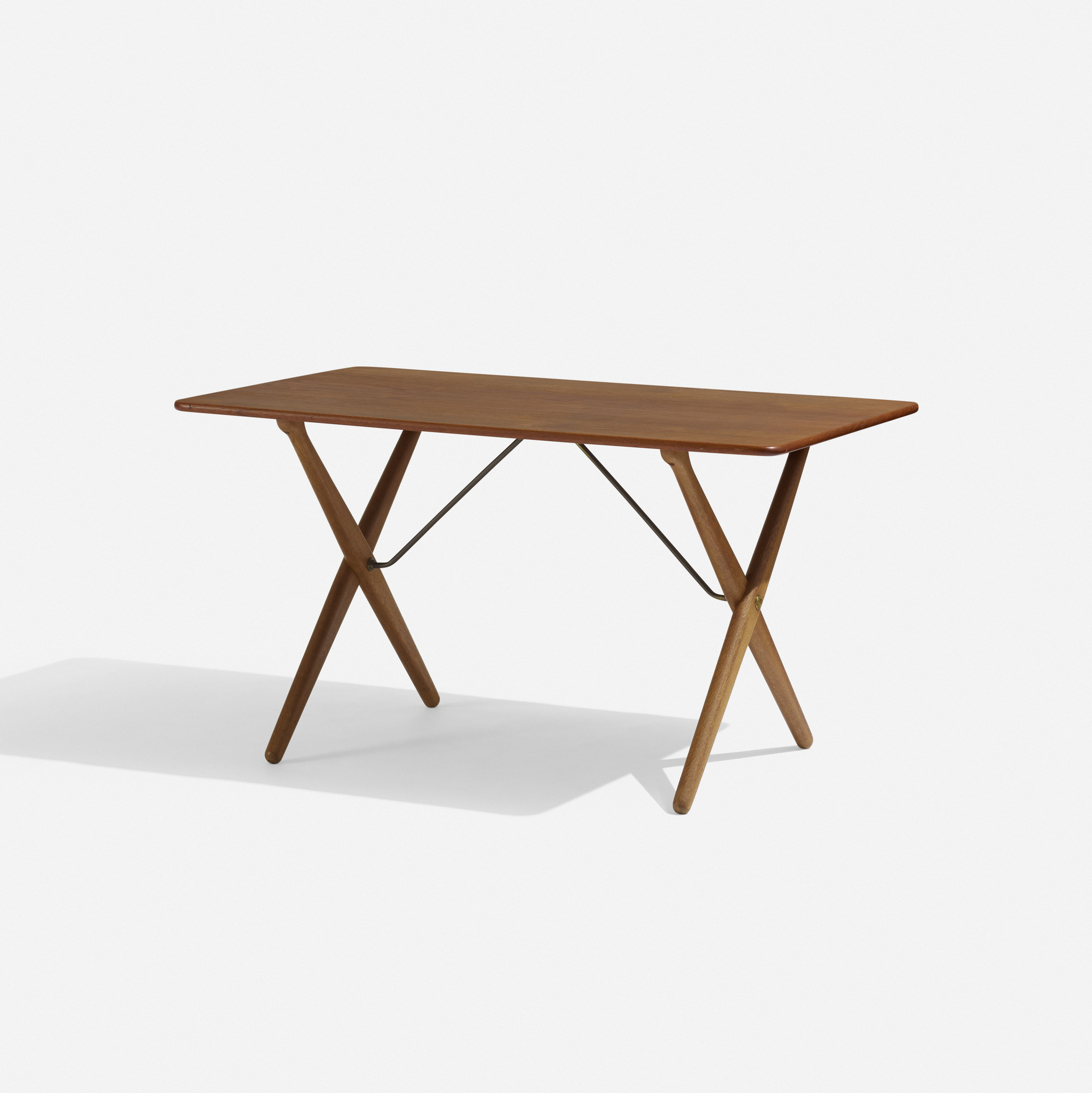 288: Hans J. Wegner / occasional table (1 of 3)