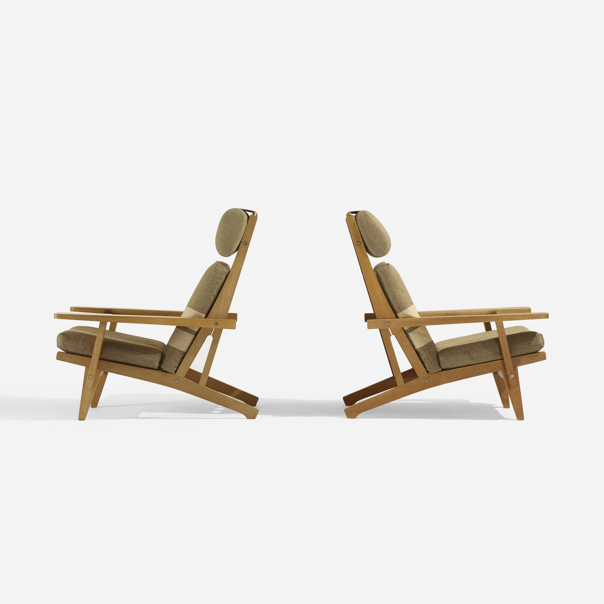 288: Hans J. Wegner / lounge chairs model GE375, pair (2 of 4)