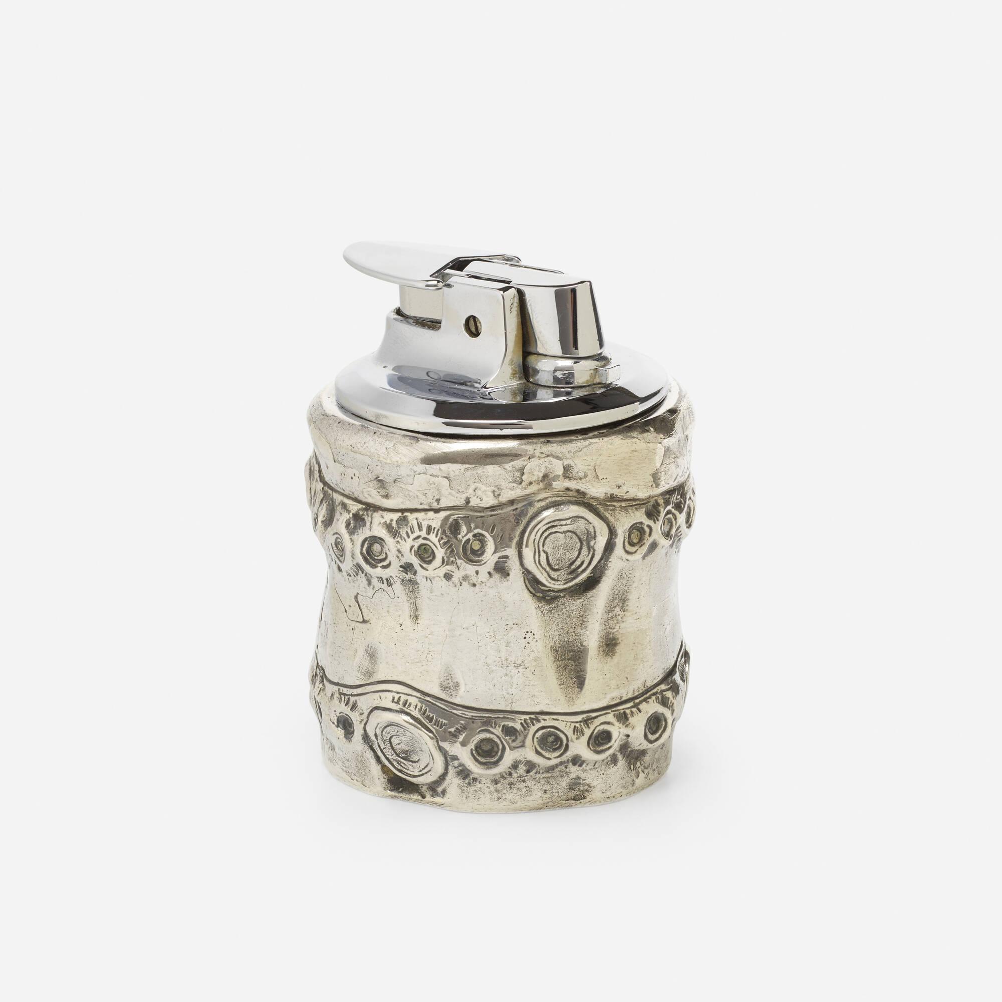 289: Hermès / A sterling silver lighter (1 of 1)
