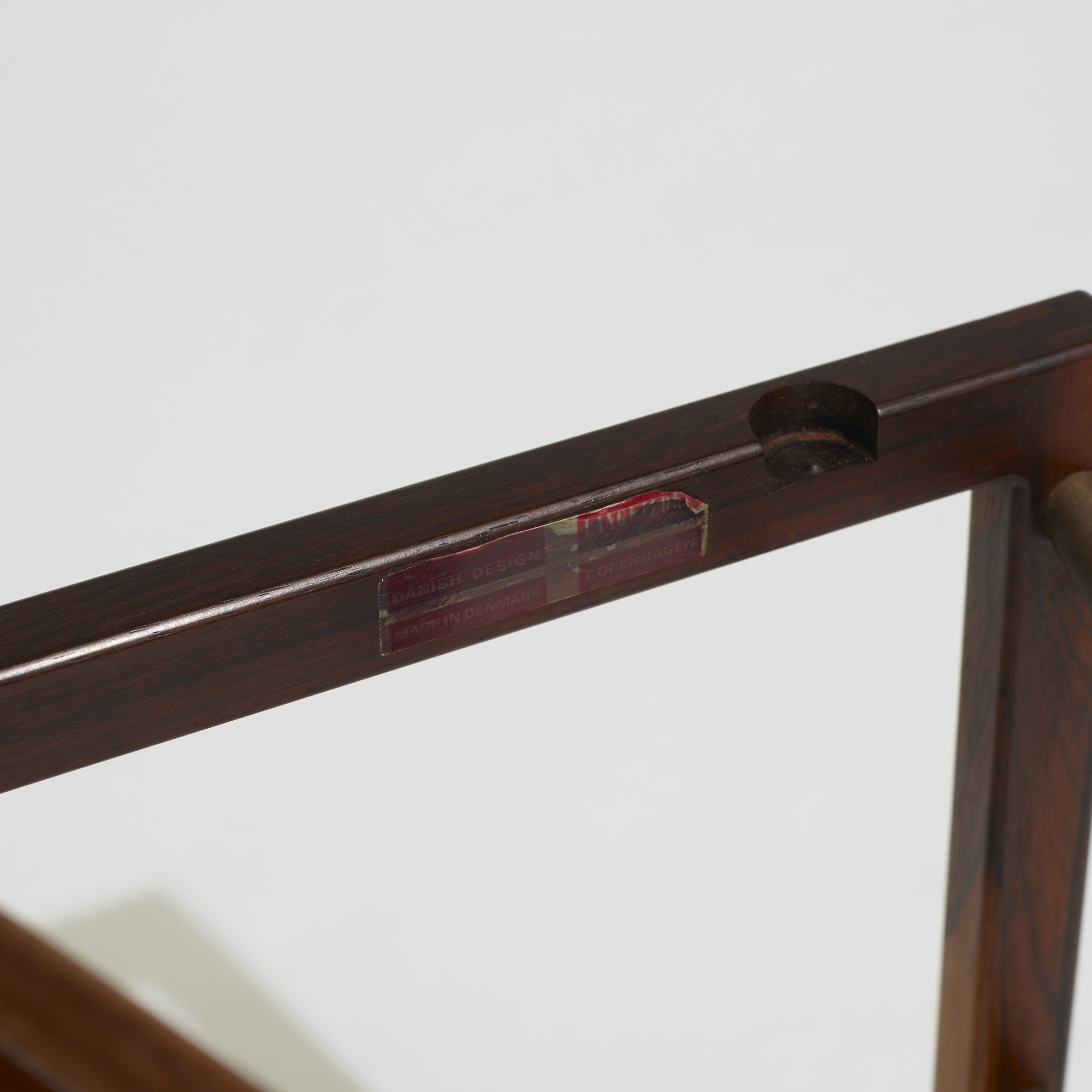 289: Svend Langkilde / tray table (3 of 3)