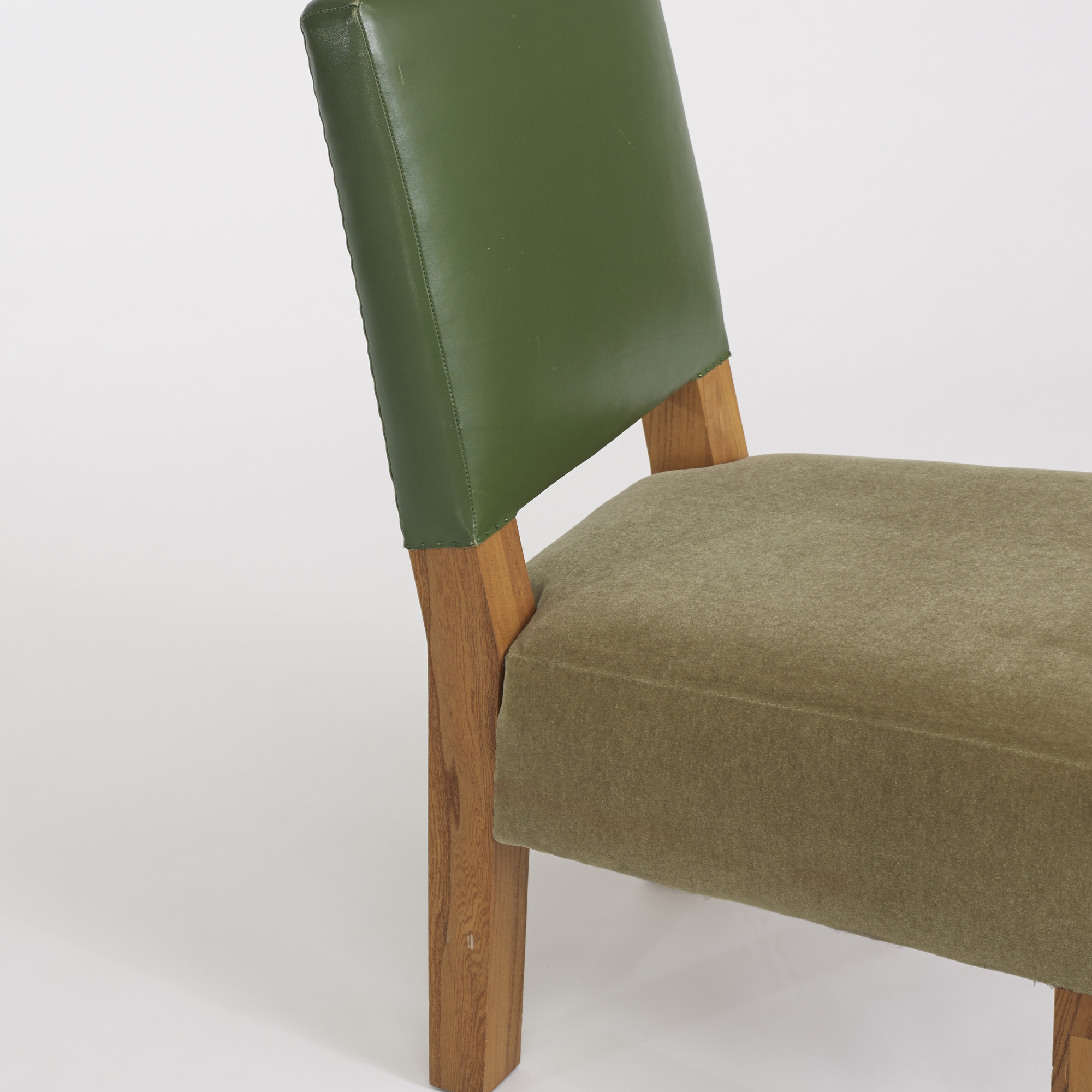 290: Roy McMakin / collection of three chairs for the Young residence, Chicago (3 of 4)