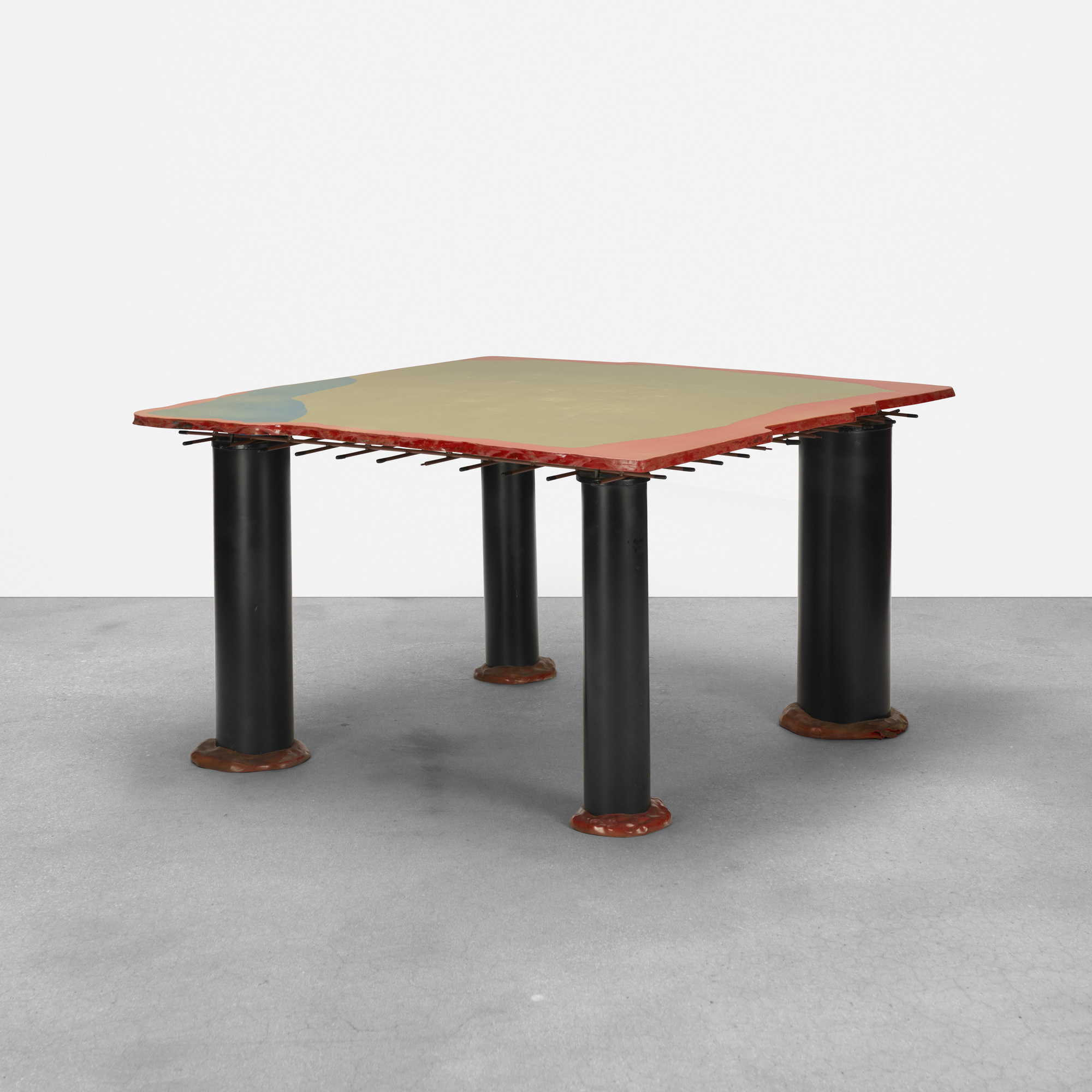 292: Gaetano Pesce / Sansone II dining table (1 of 3)