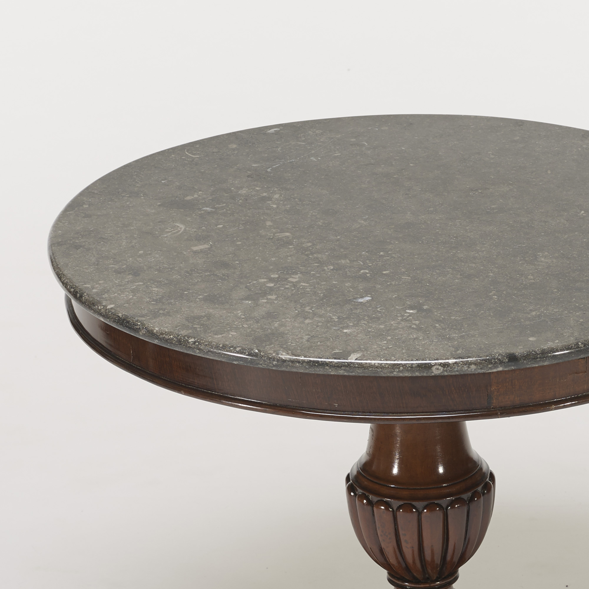 295: French / pedestal table (3 of 3)