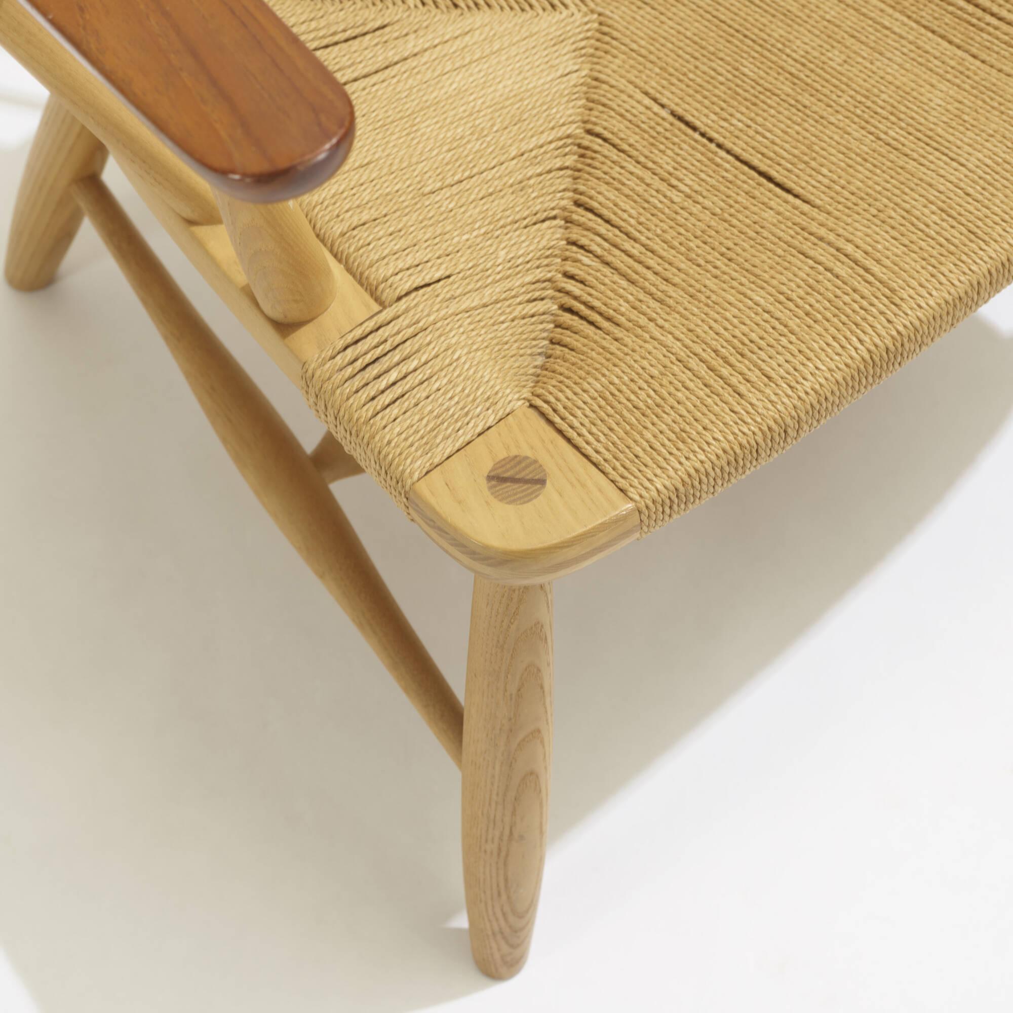 297: Hans J. Wegner / Peacock chairs, pair (4 of 4)