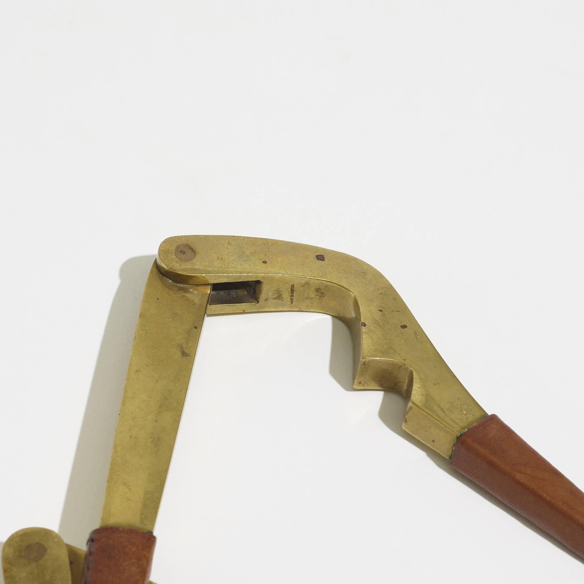 301: Carl Auböck II / nutcrackers, pair (2 of 2)