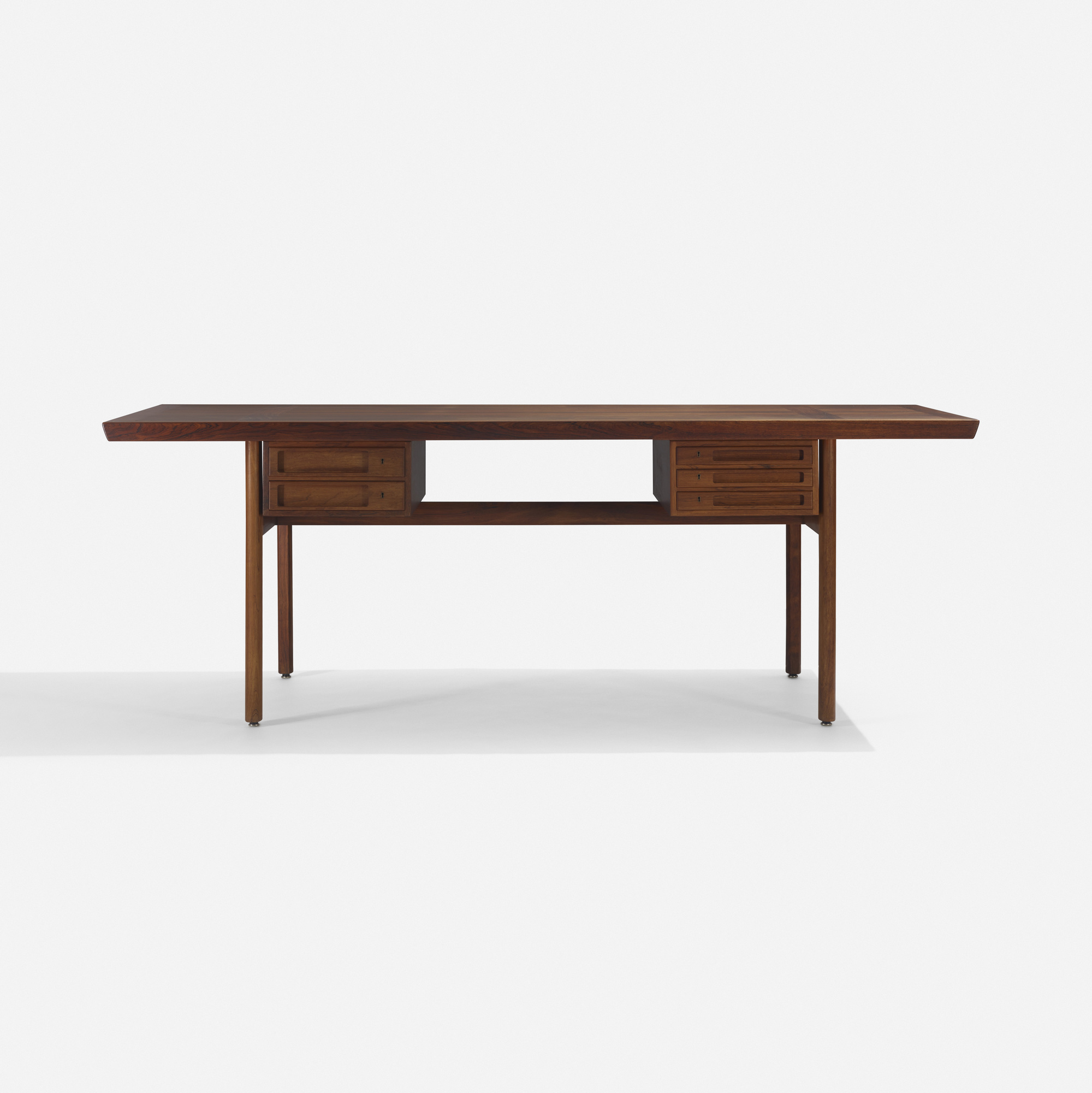 302: Peter Hvidt and Orla Mølgaard-Nielsen / desk (1 of 2)