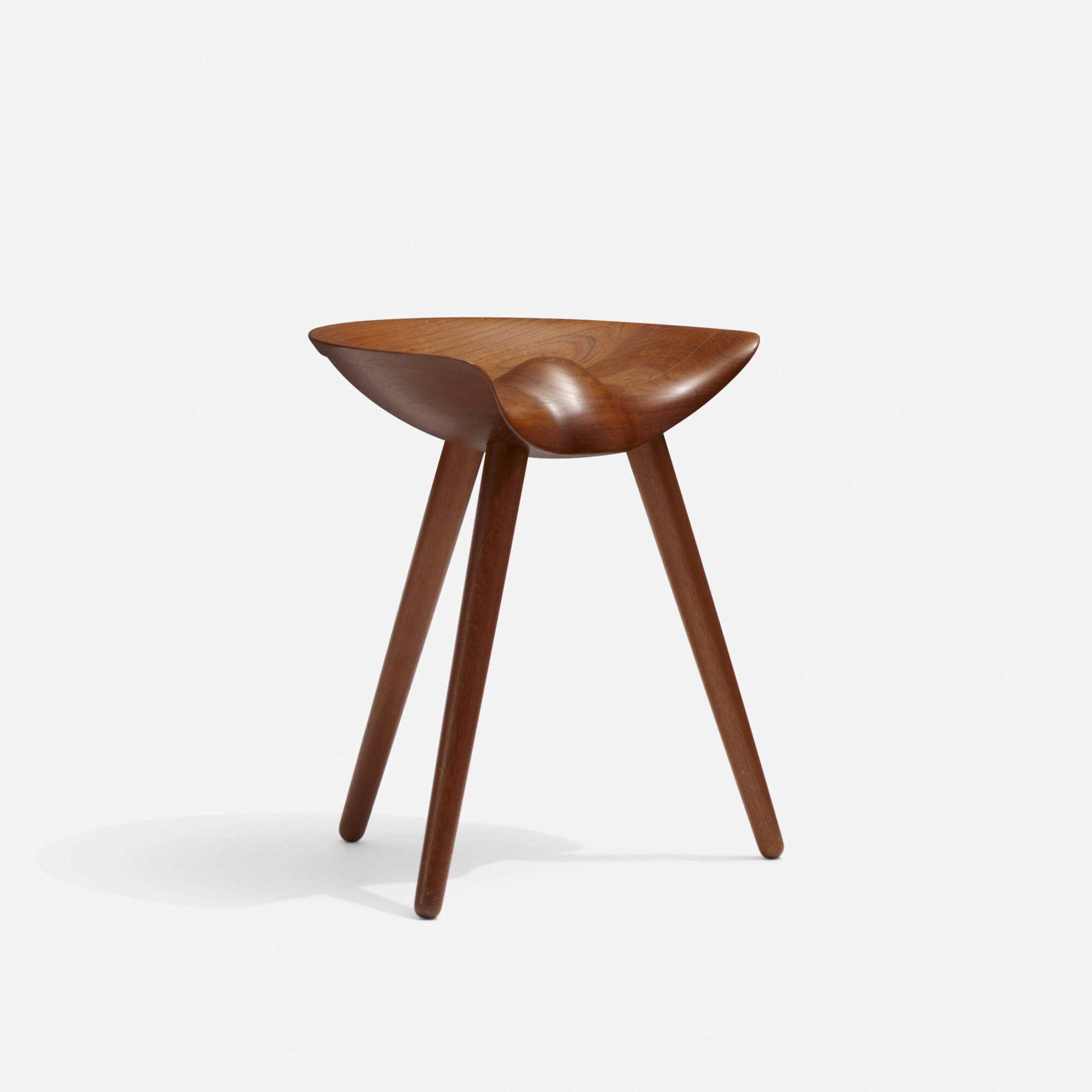 304: Mogens Lassen / stool (1 of 2)