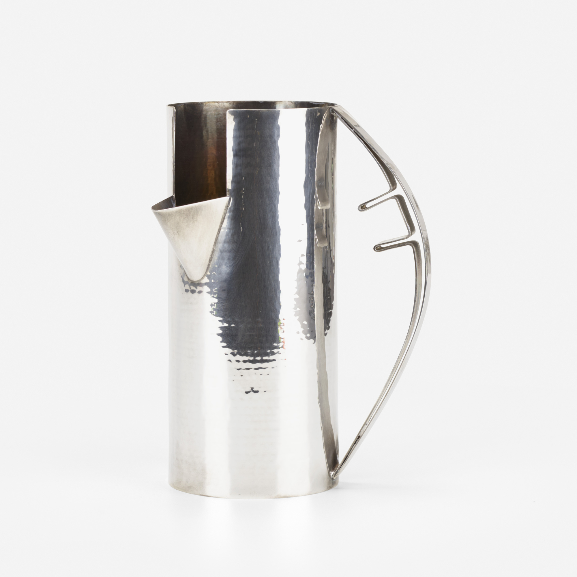 313: Carlo Scarpa / pitcher (1 of 3)