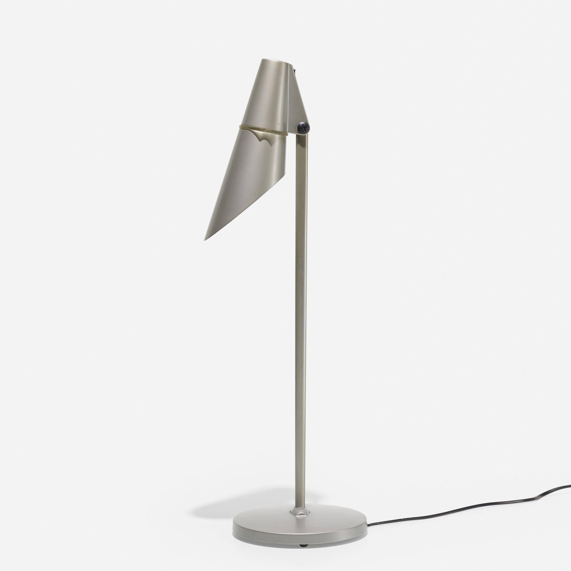 315: Hannes Wettstein / Spy table lamp (2 of 3)