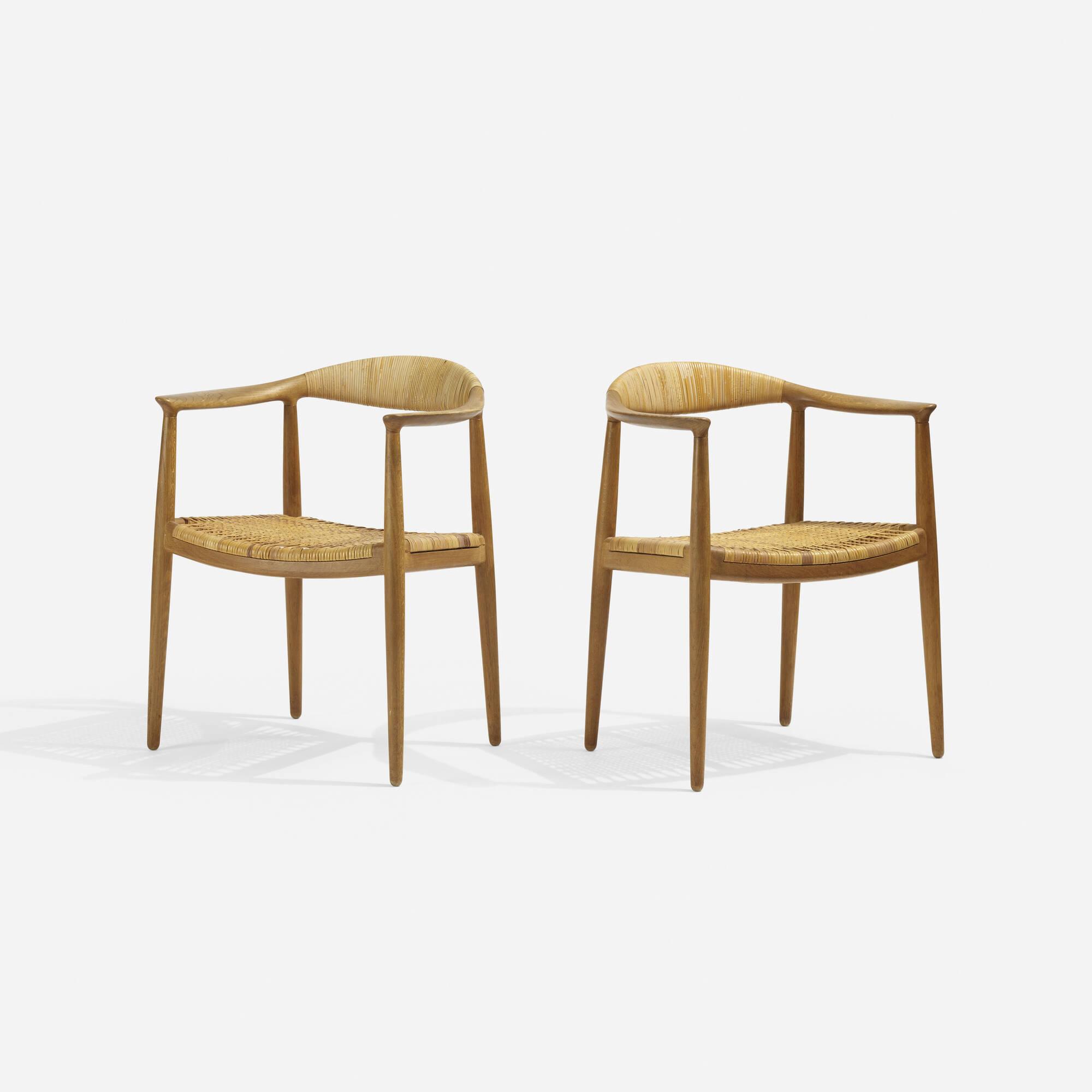 316: Hans J. Wegner / The Chairs, pair (1 of 3)