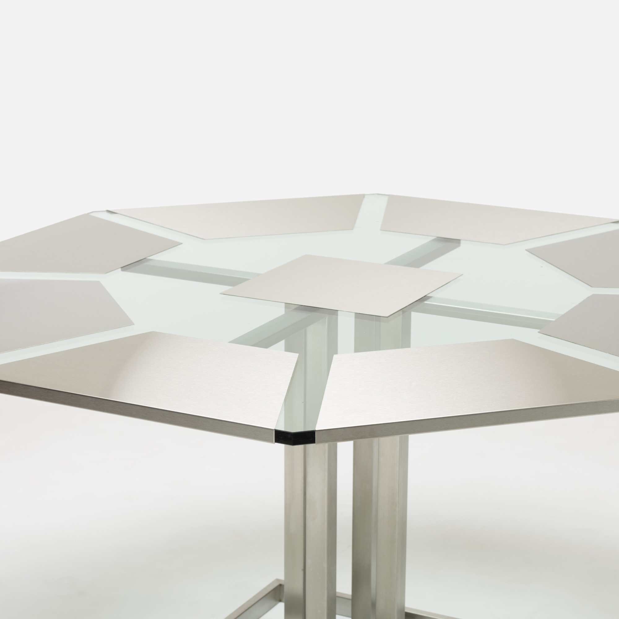 316: Nadine Charteret / dining table (3 of 3)