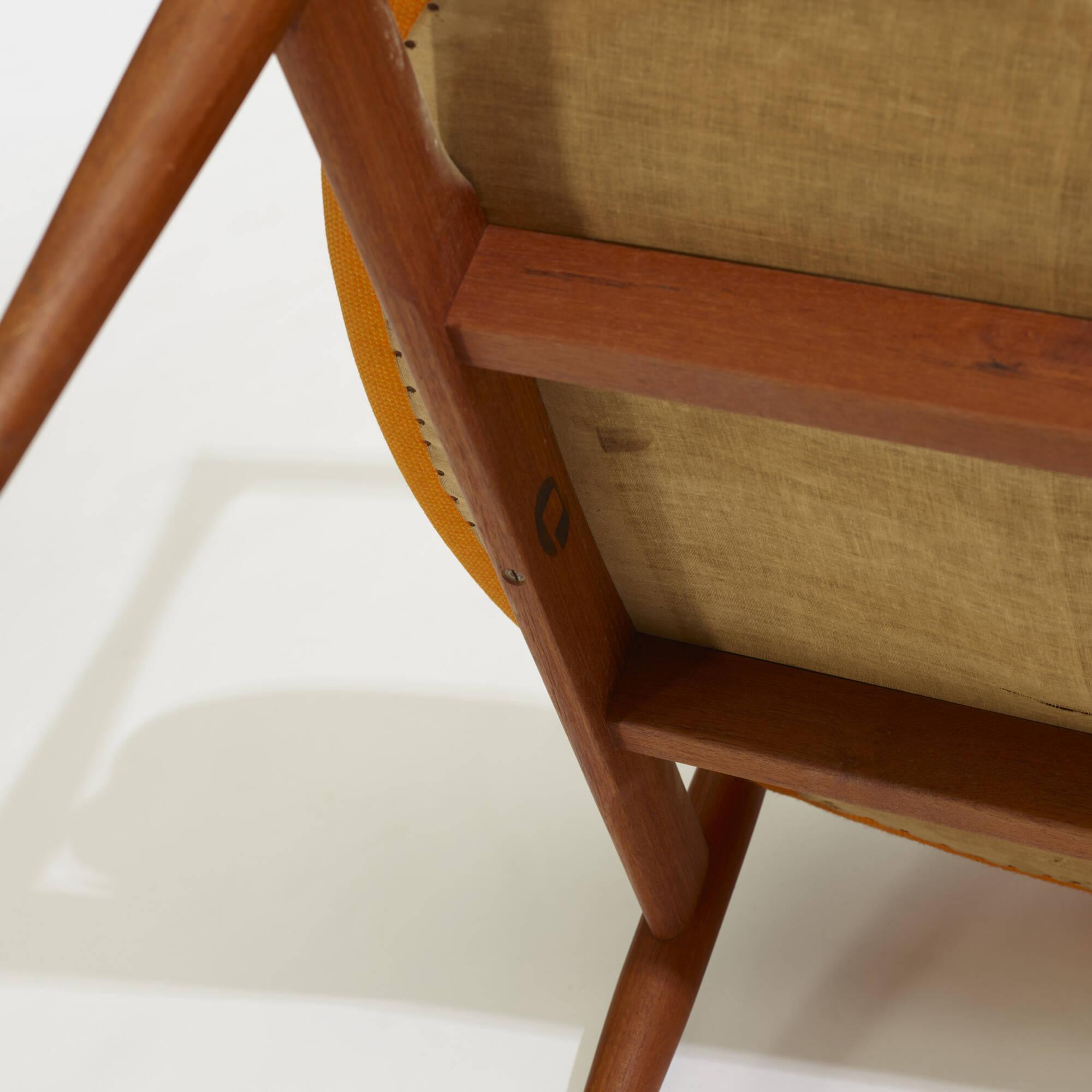 318: Ib Kofod-Larsen / Elizabeth chairs, pair (4 of 4)