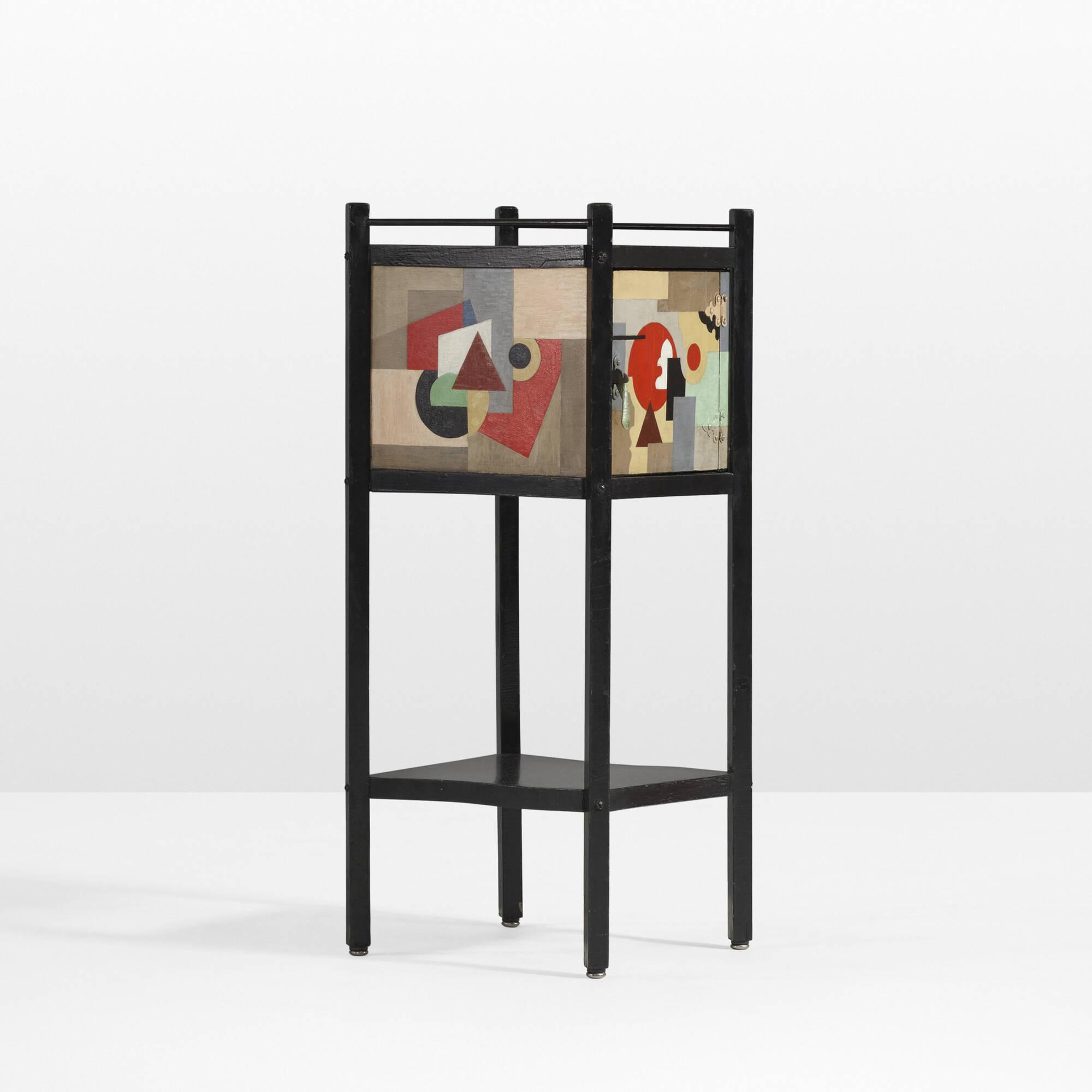 31: Paul Kelpe / A Unique Pipe cabinet (1 of 3)