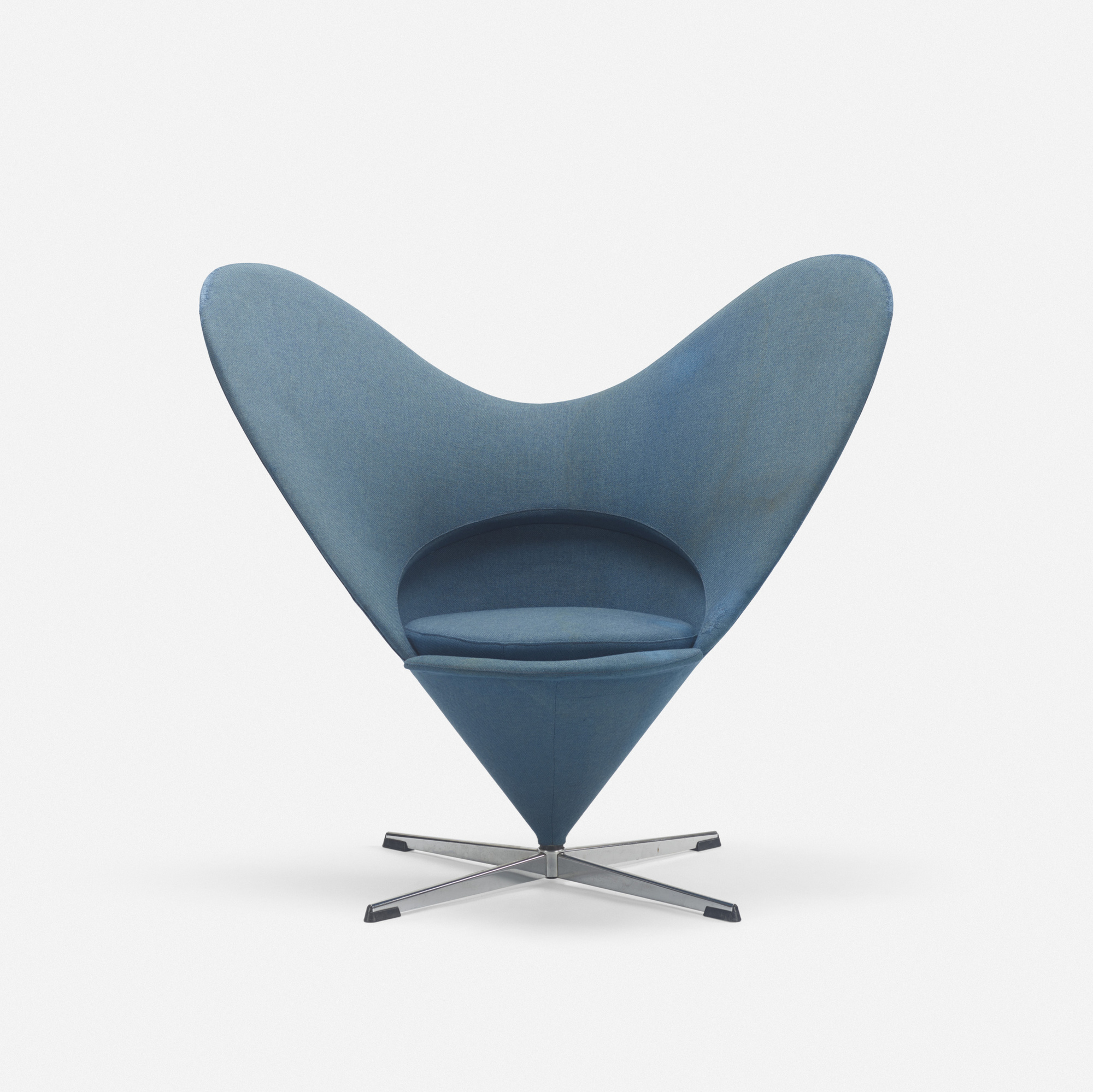 322: Verner Panton / Heart Cone chair (1 of 3)