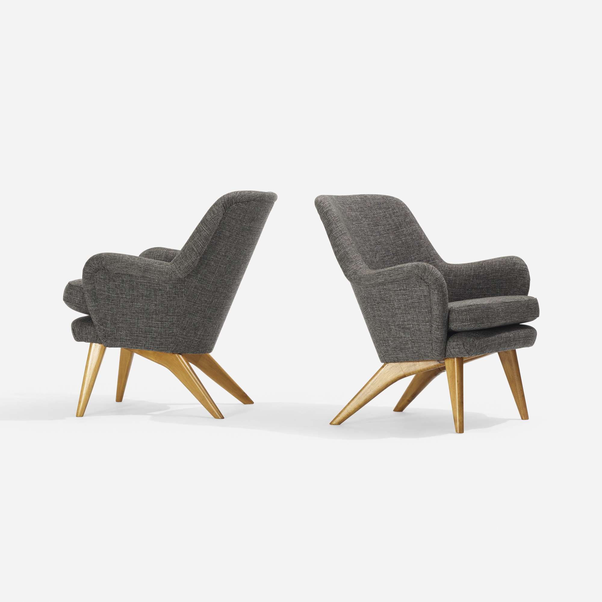 322: Carl-Gustav Hiort af Ornäs / armchairs, pair (1 of 2)