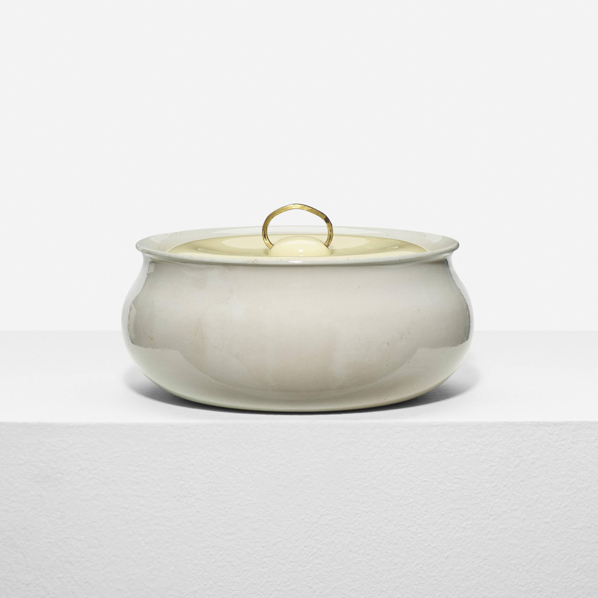 324: Eva Zeisel / lidded casserole dish (1 of 2)