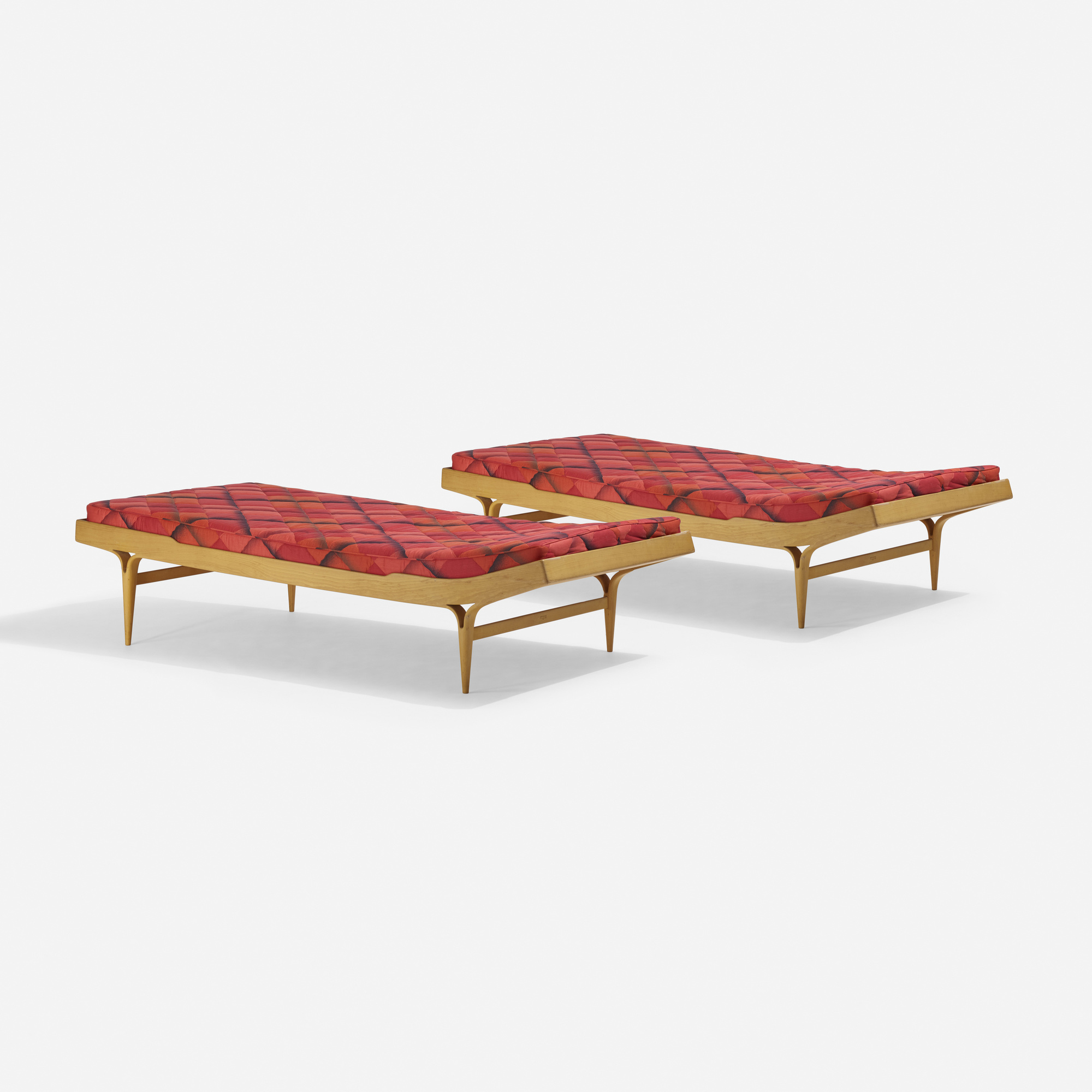 331: Bruno Mathsson / daybeds, pair (1 of 3)