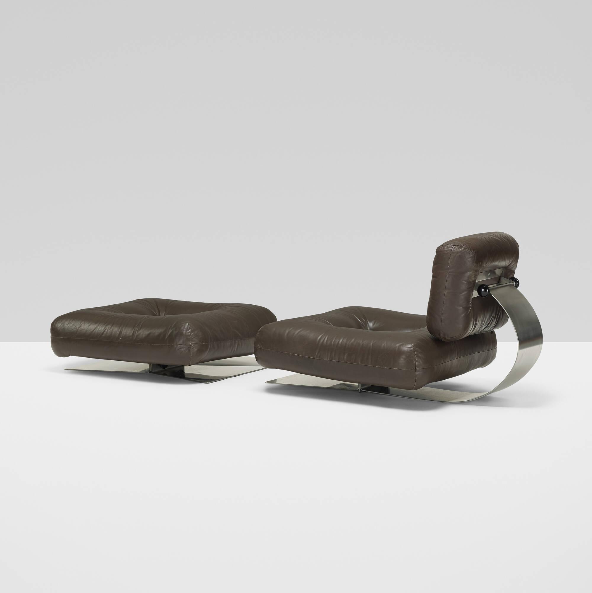 334 Oscar Niemeyer Lounge Chair And Ottoman