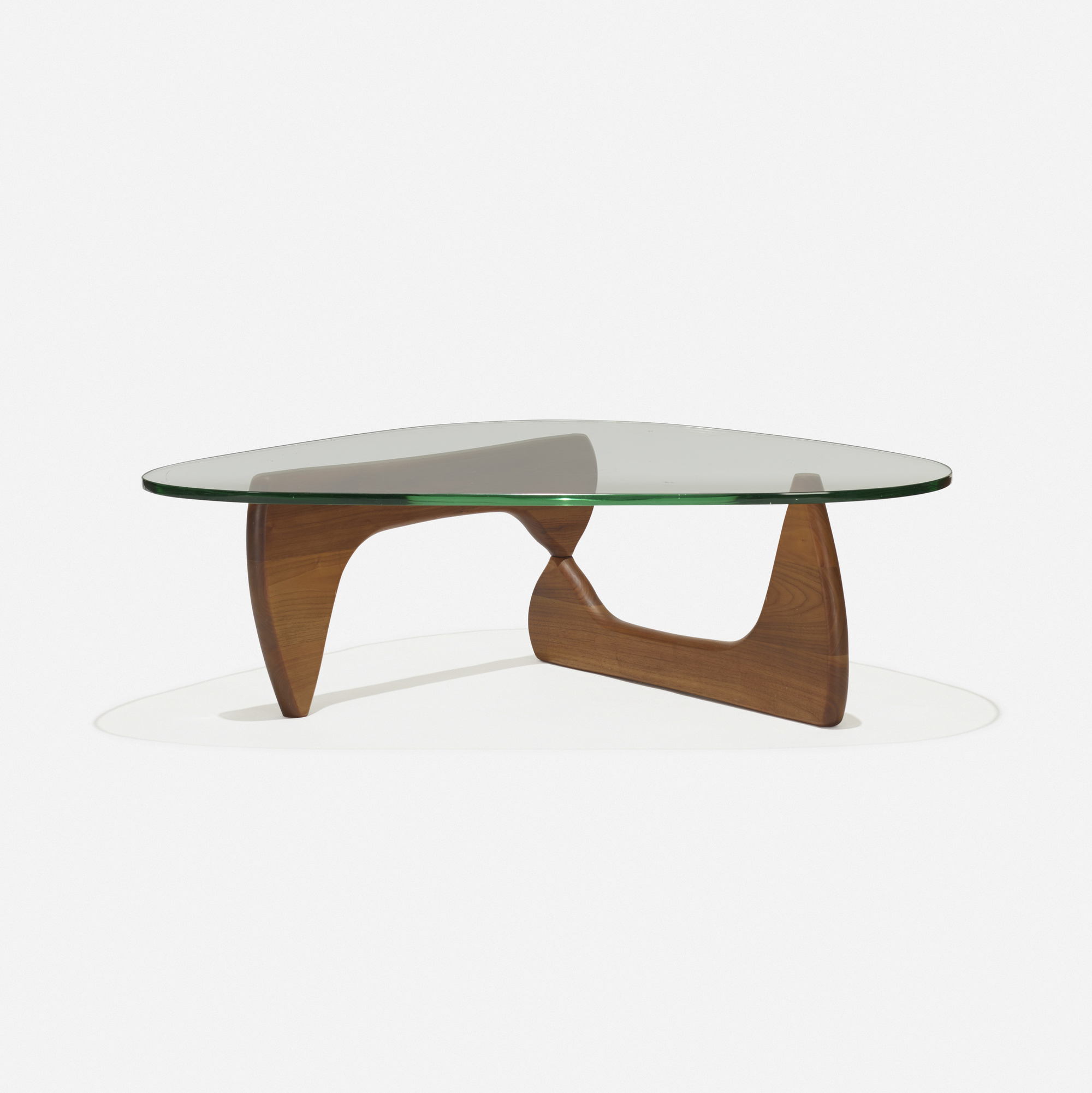334 Isamu Noguchi coffee table model IN 50 American Design