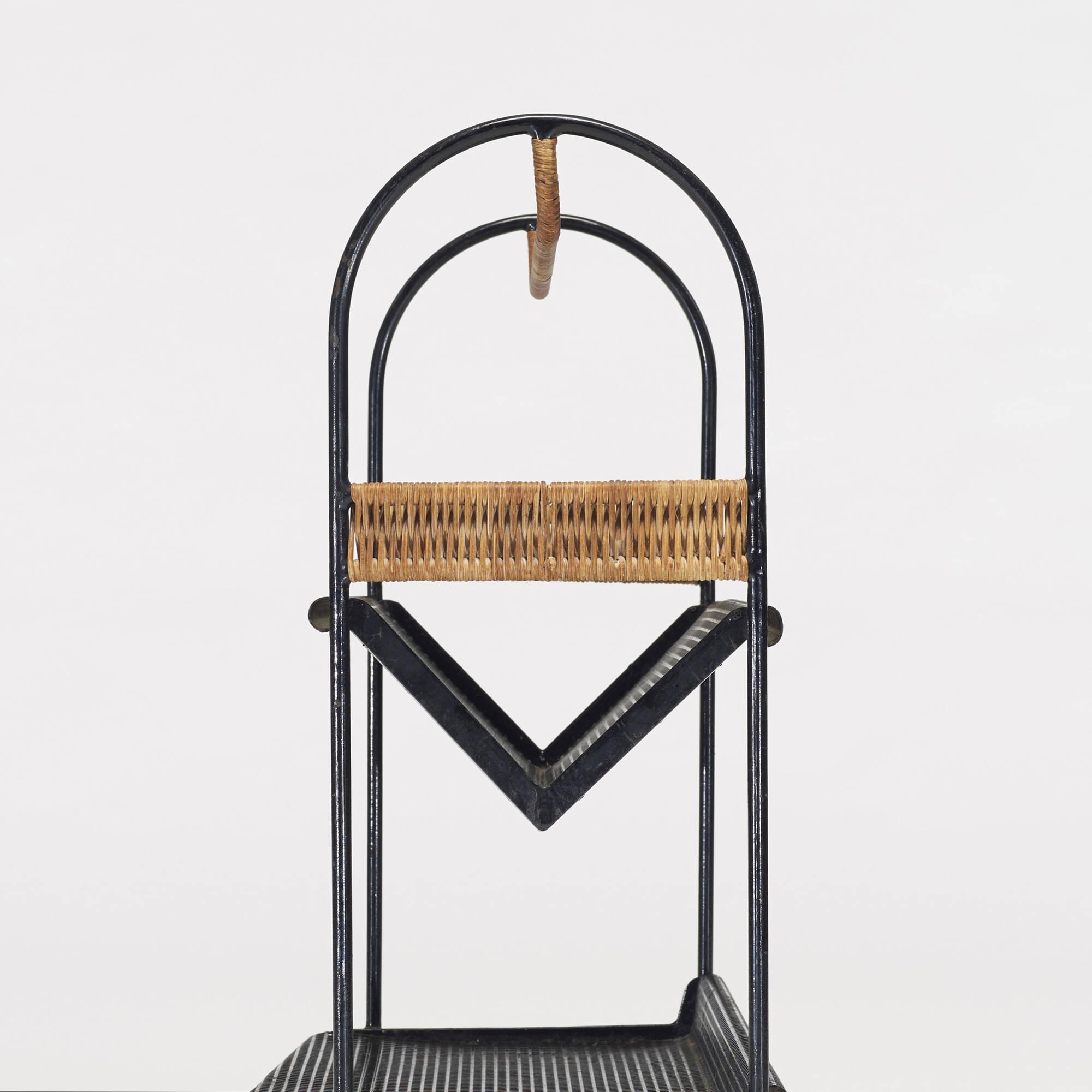 334 mathieu mat got bookstand. Black Bedroom Furniture Sets. Home Design Ideas