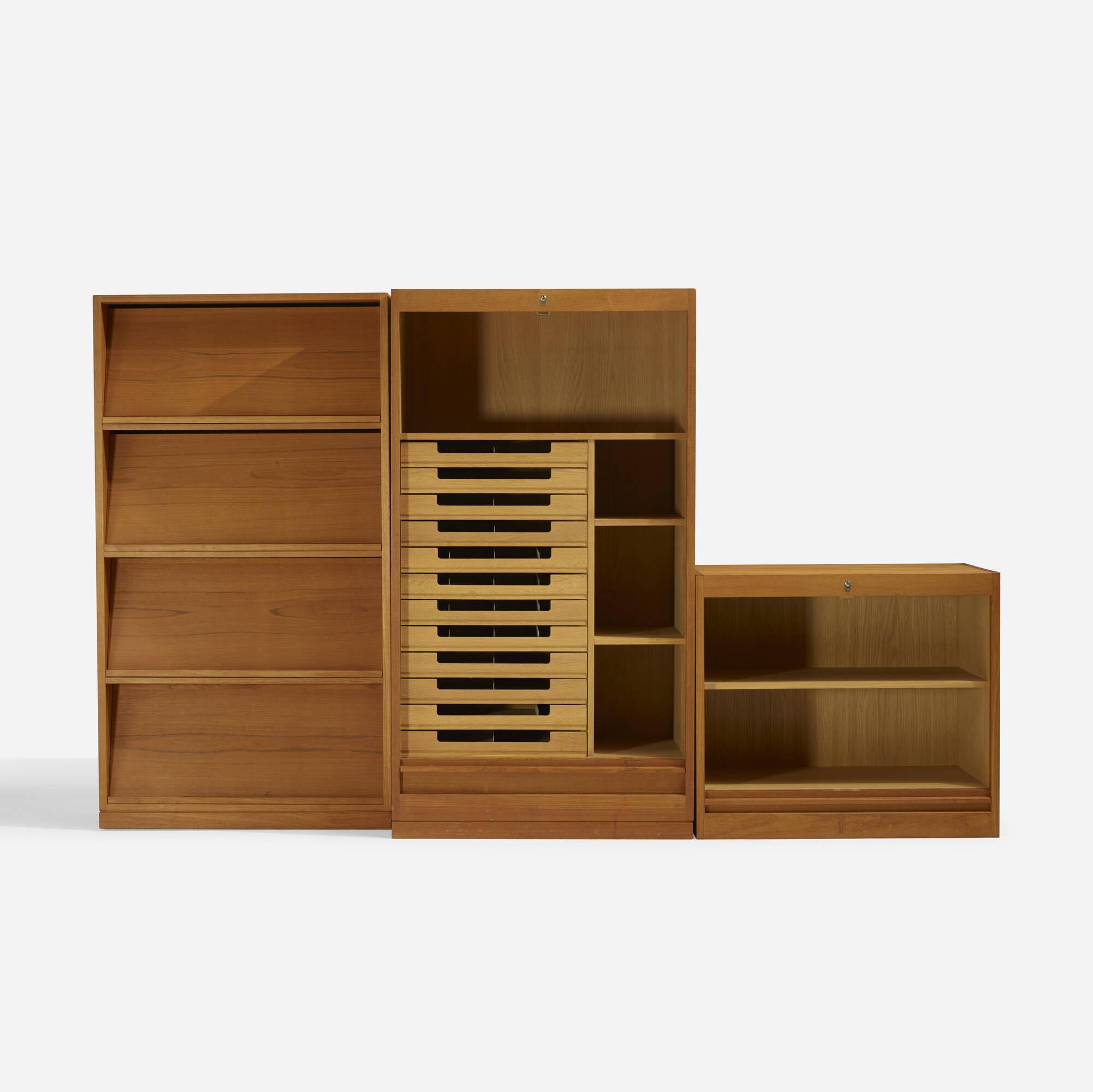 336: Hans J. Wegner / storage system (1 of 4)