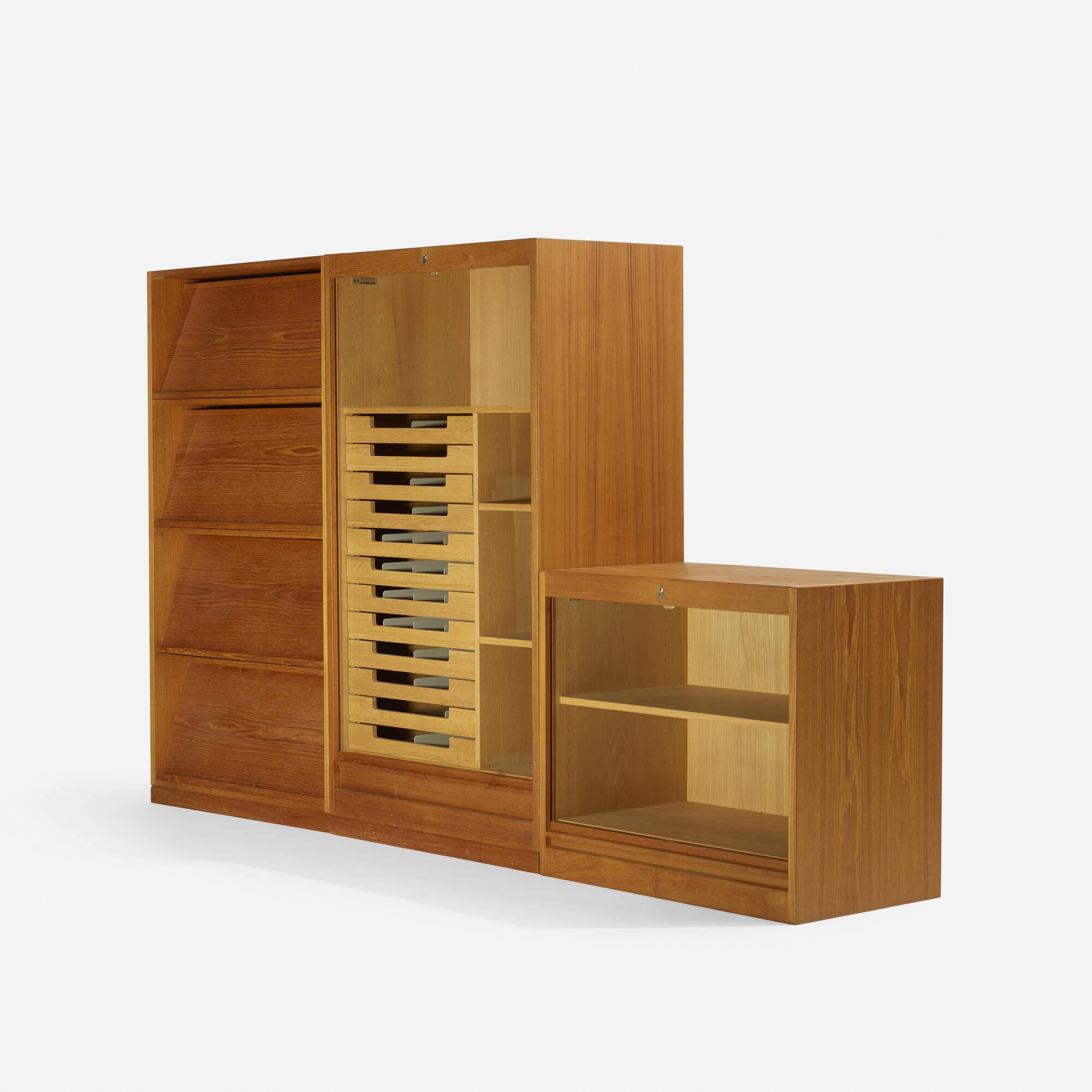336: Hans J. Wegner / storage system (2 of 4)