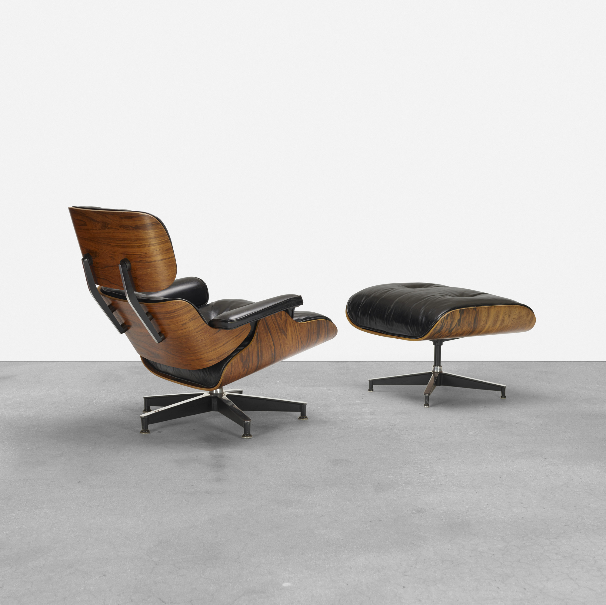339: Charles and Ray Eames / 670 lounge chair and 671 ottoman (1 of 4)