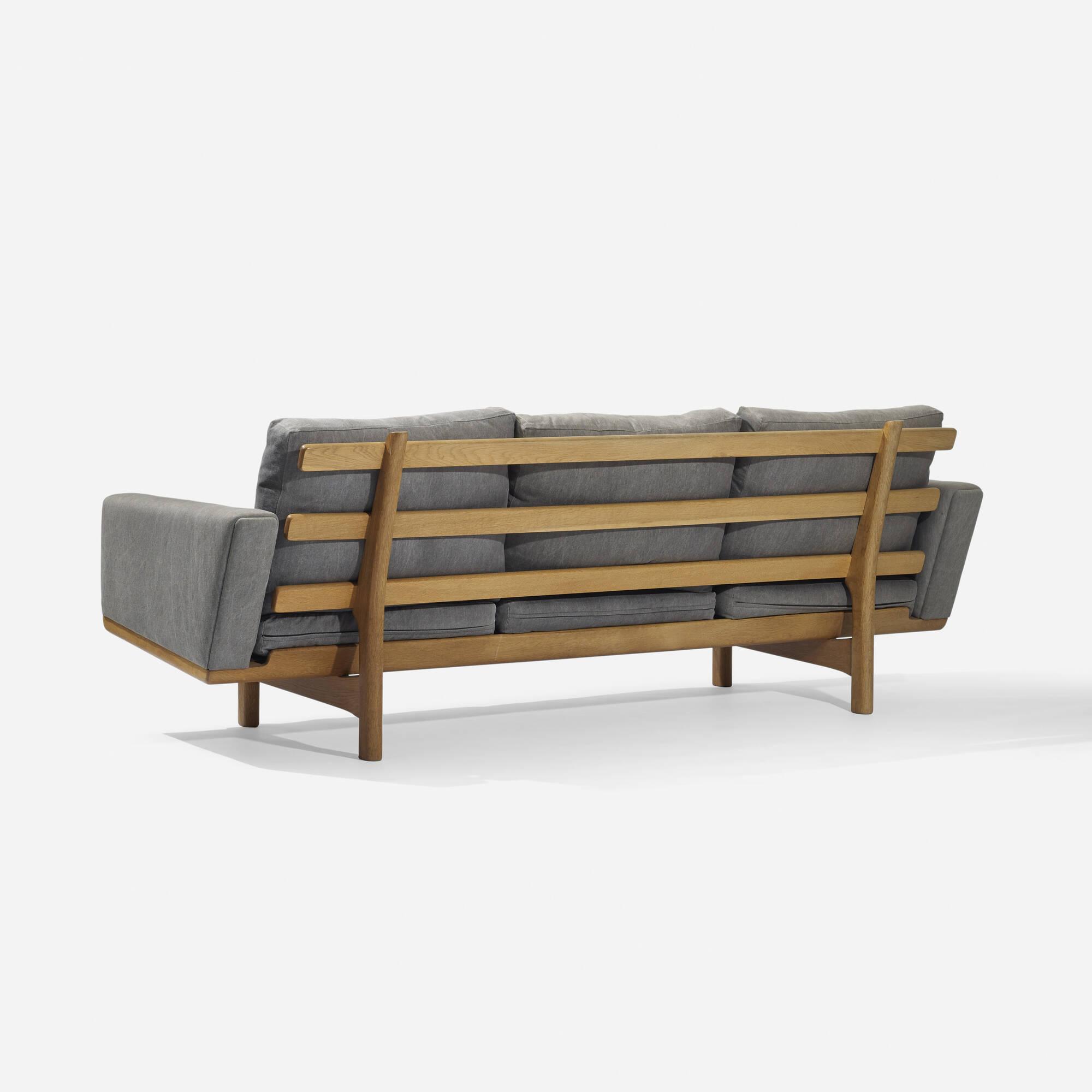 345 Hans J Wegner sofa model GE236 3 Scandinavian Design 8