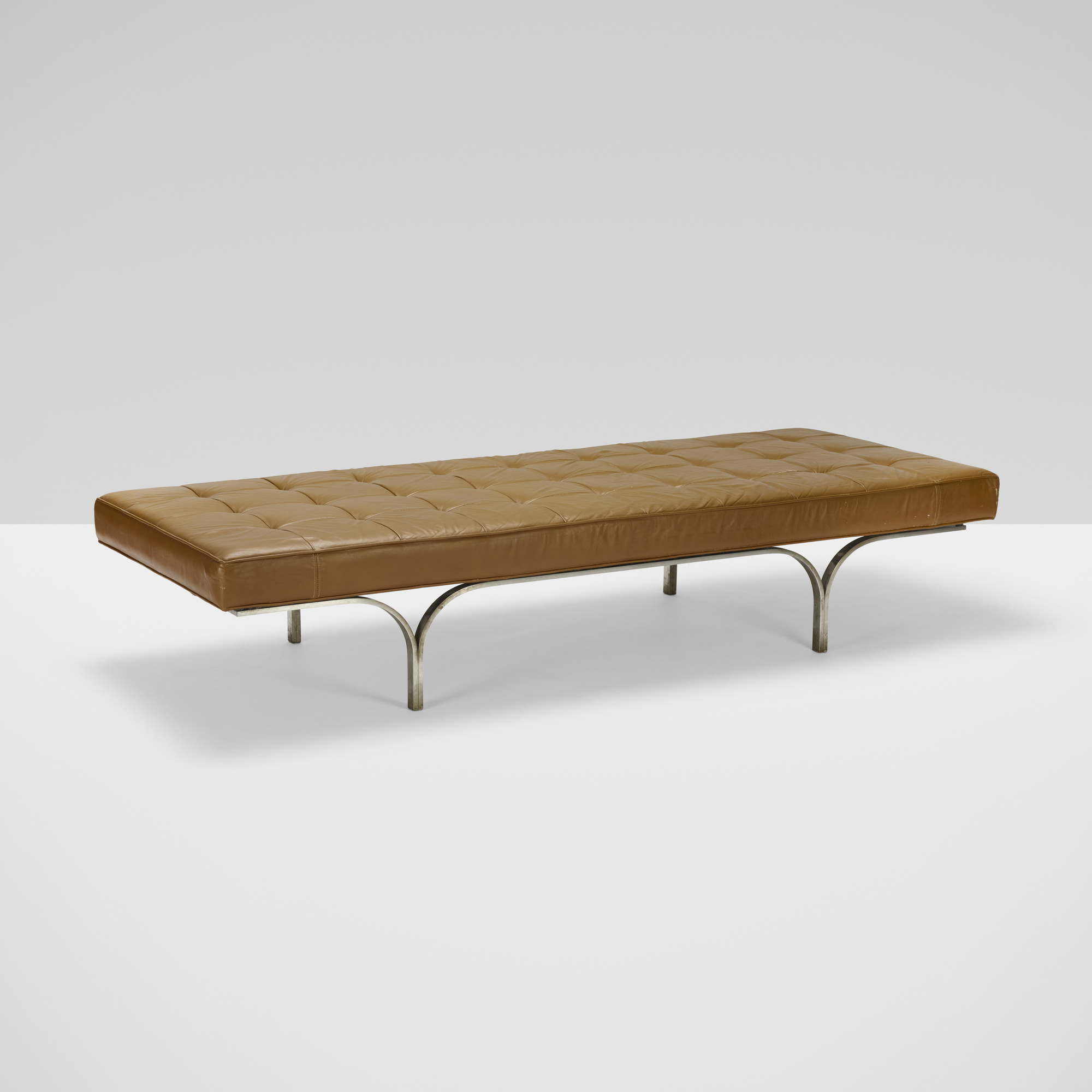 349: Erwine and Estelle Laverne / Philharmonic bench (1 of 3)