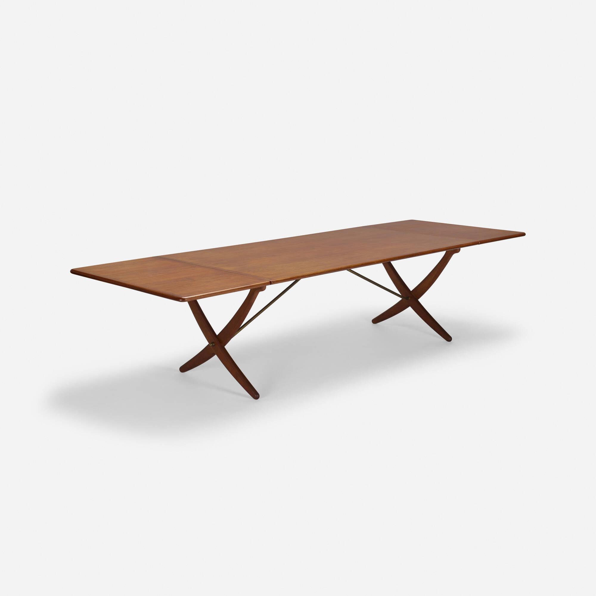 349: Hans J. Wegner / dining table (1 of 5)