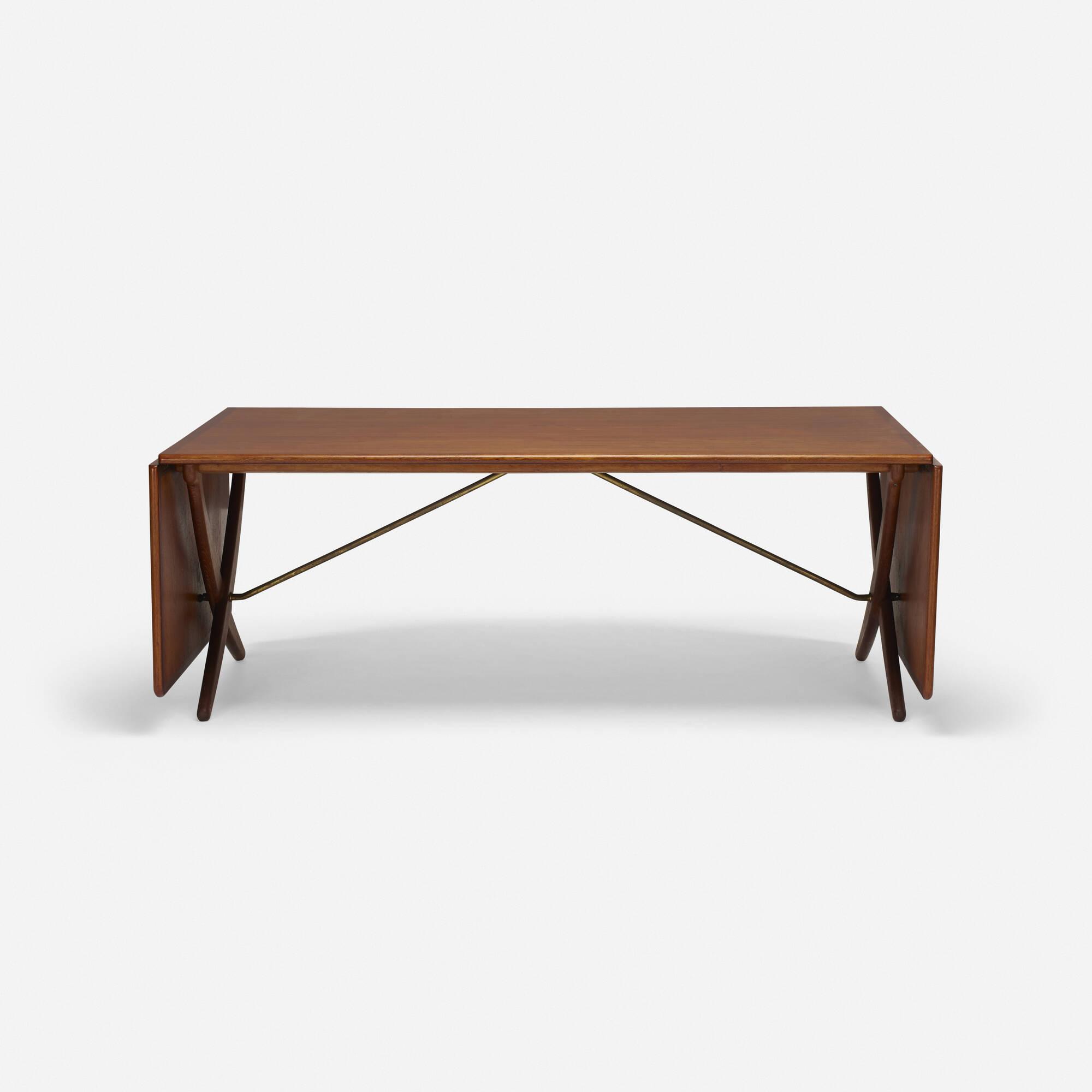 349: Hans J. Wegner / dining table (2 of 5)