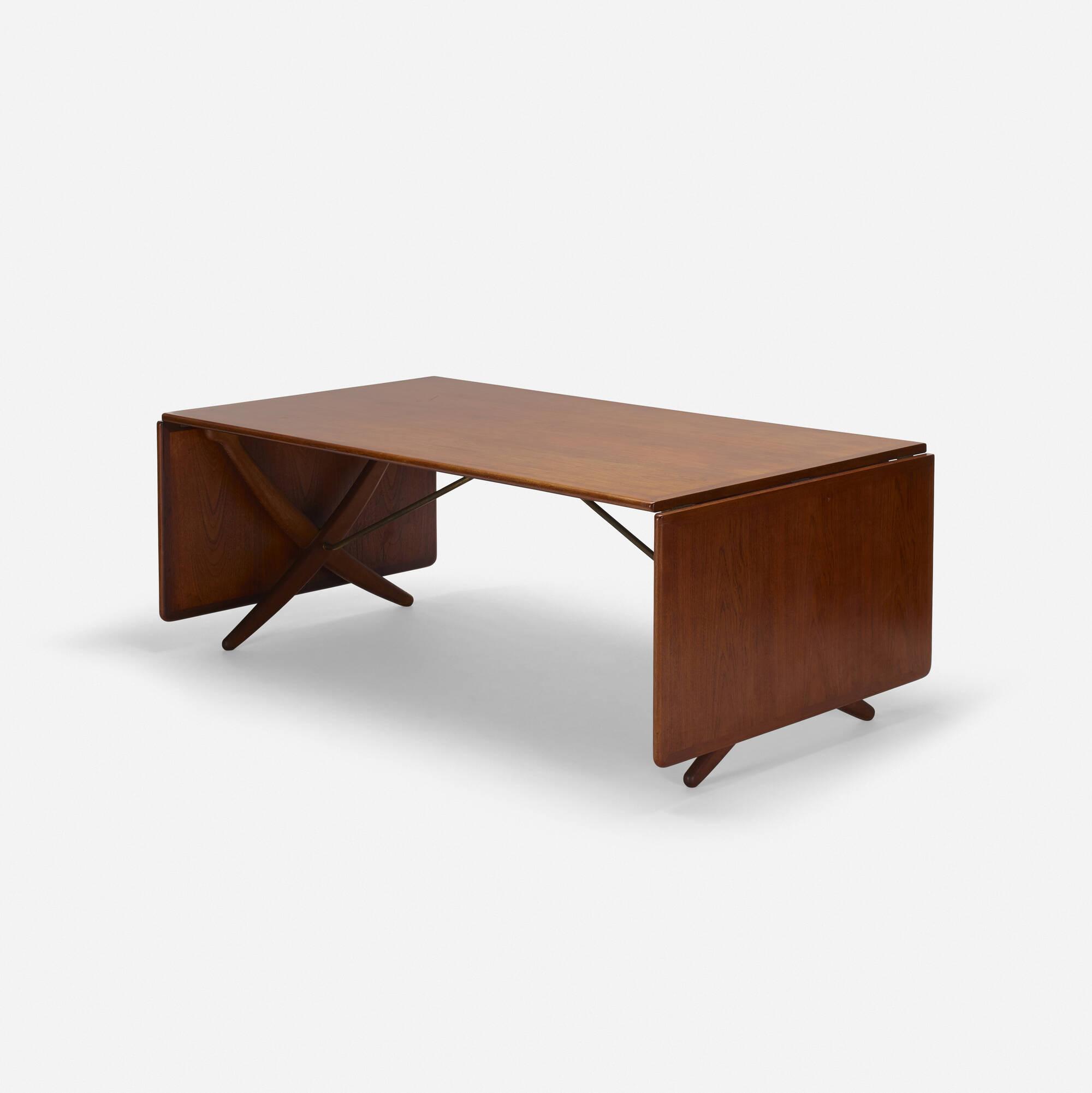 349: Hans J. Wegner / dining table (3 of 5)